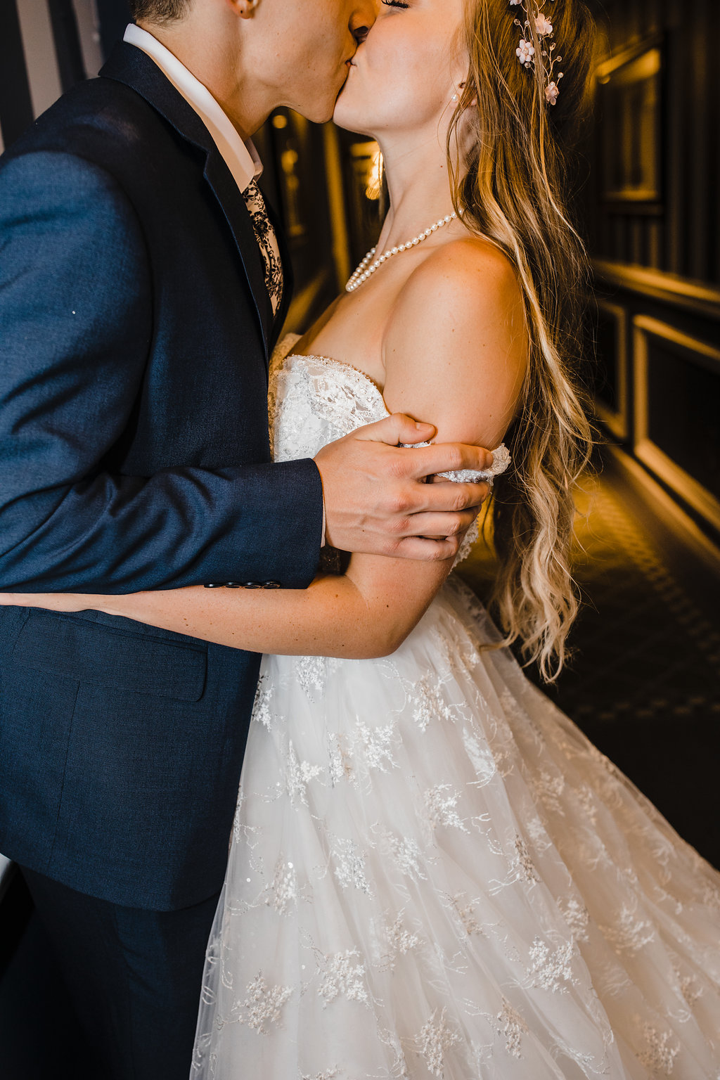 bride and groom details at wedding reception pearl bridal necklace los angeles california wedding photography