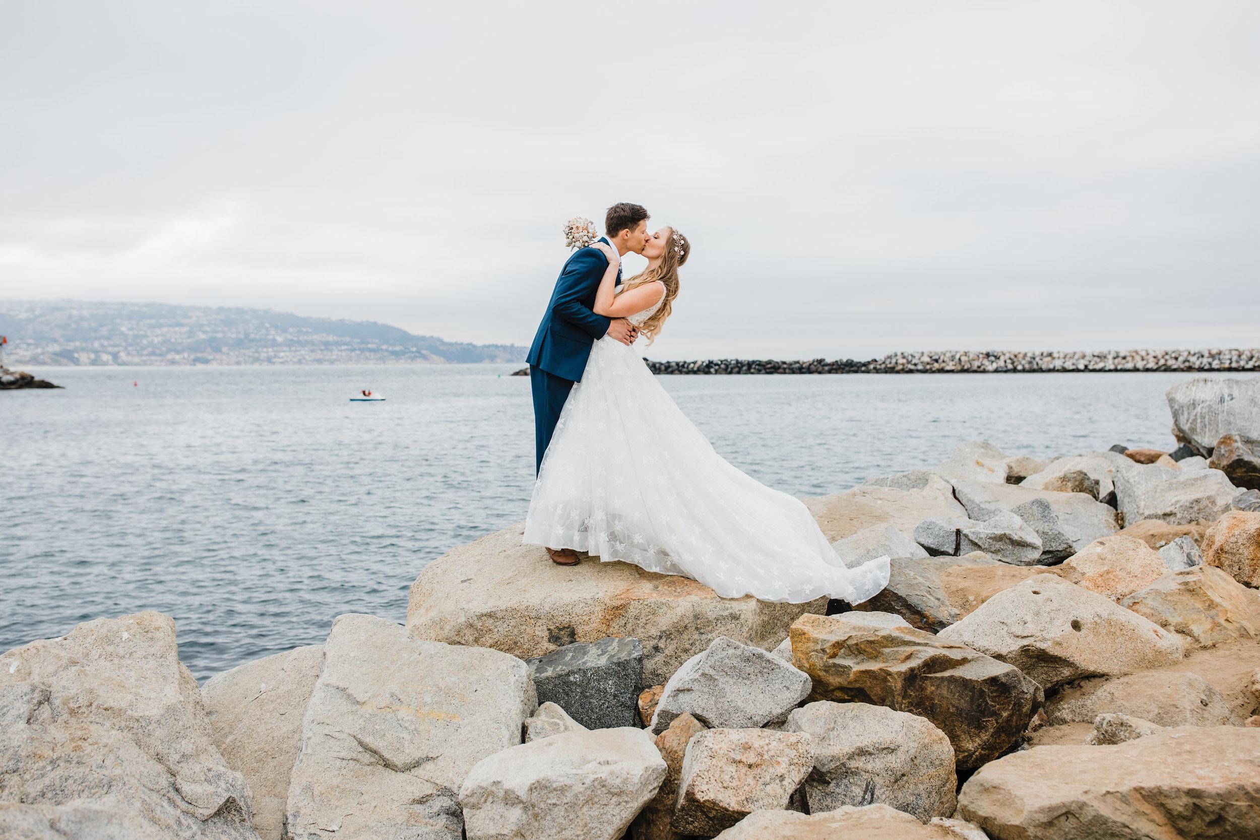 romantic natural posing wedding photographer in arvada colorado calli richards wedding day photos