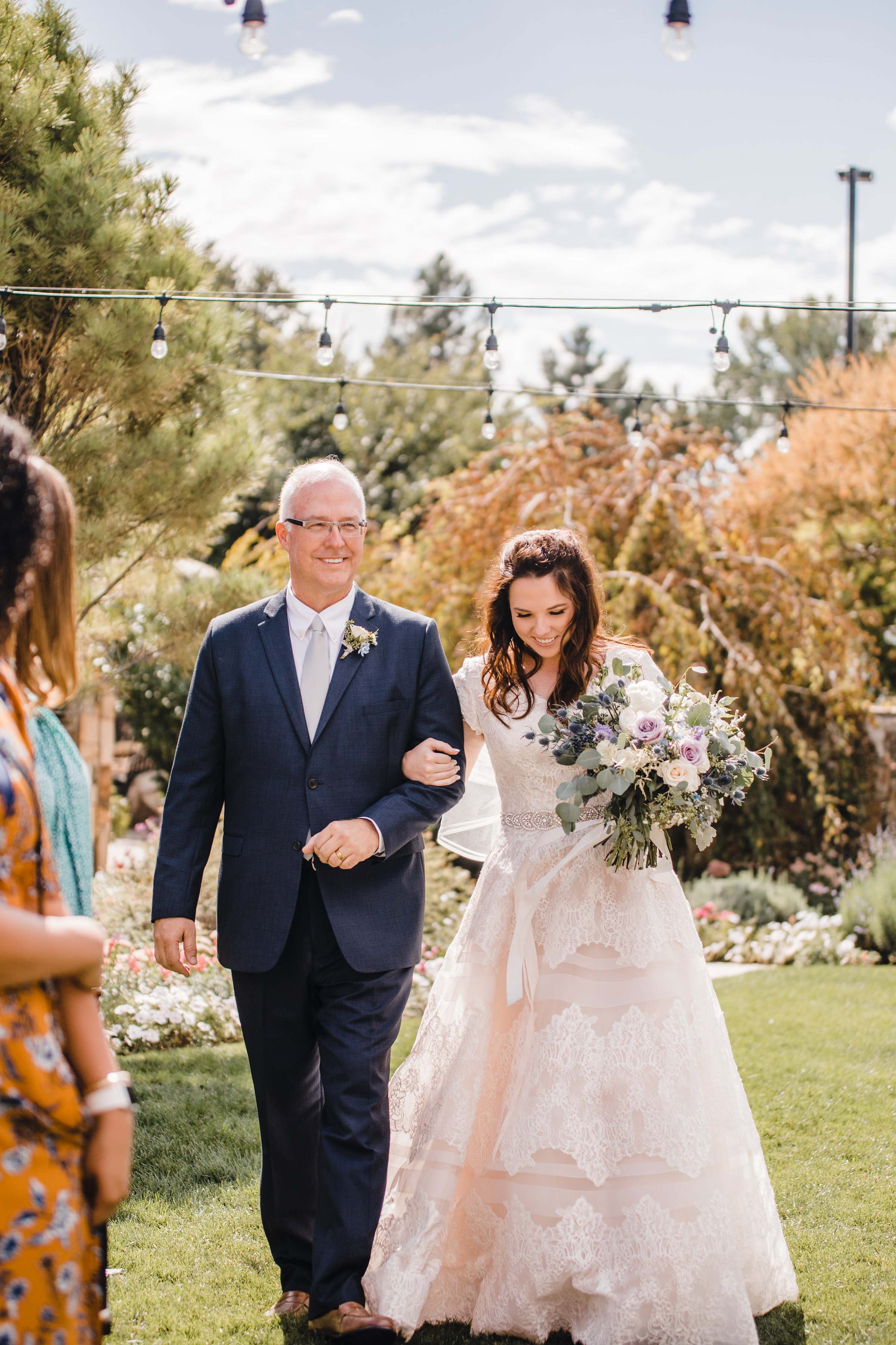 provo utah wedding photographer best wedding isle string lights father daughter