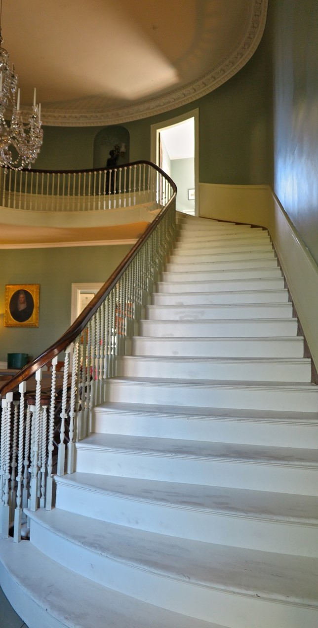 Detail Grand Staircase photo by Andrew Saxe.jpg
