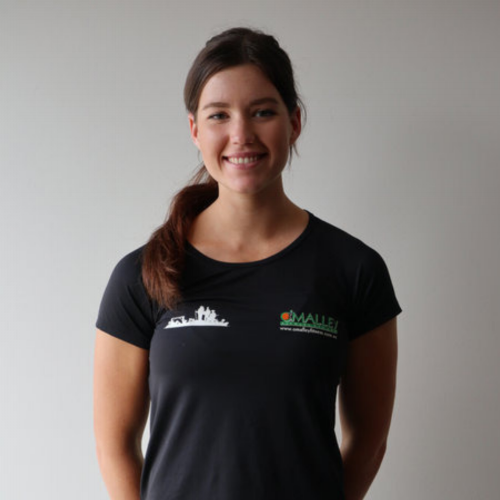 Victoria Herring  Qualifications:  Cert III & IV in Fitness  Undertaking a Bachelor In Exercise and Sport Science (Honours in Nutrition)  Level II First Aid