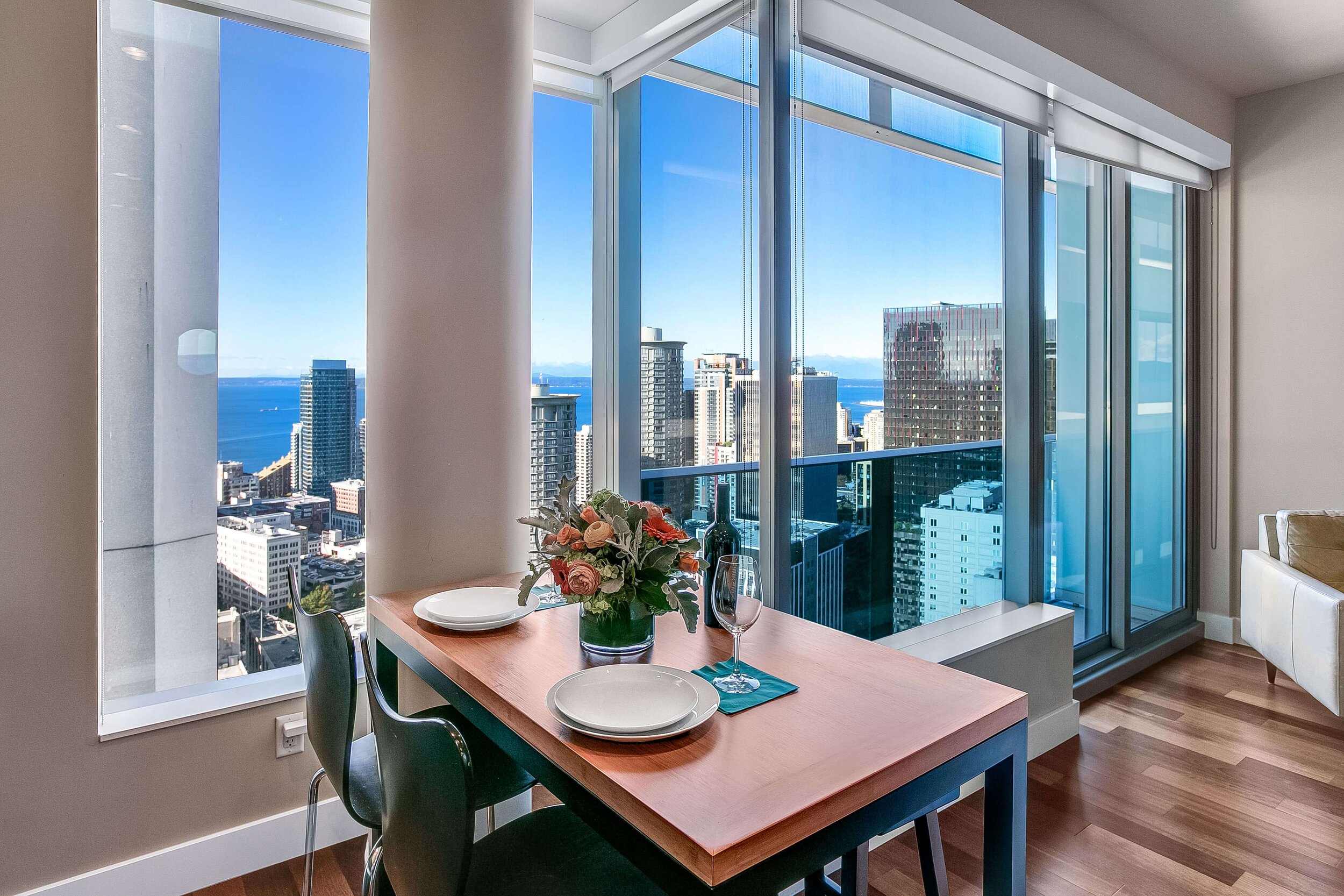 downtown-seattle-luxury-condo-for-sale.jpg