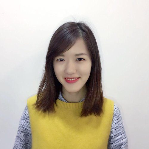 Sarah Zhou, Merchandiser