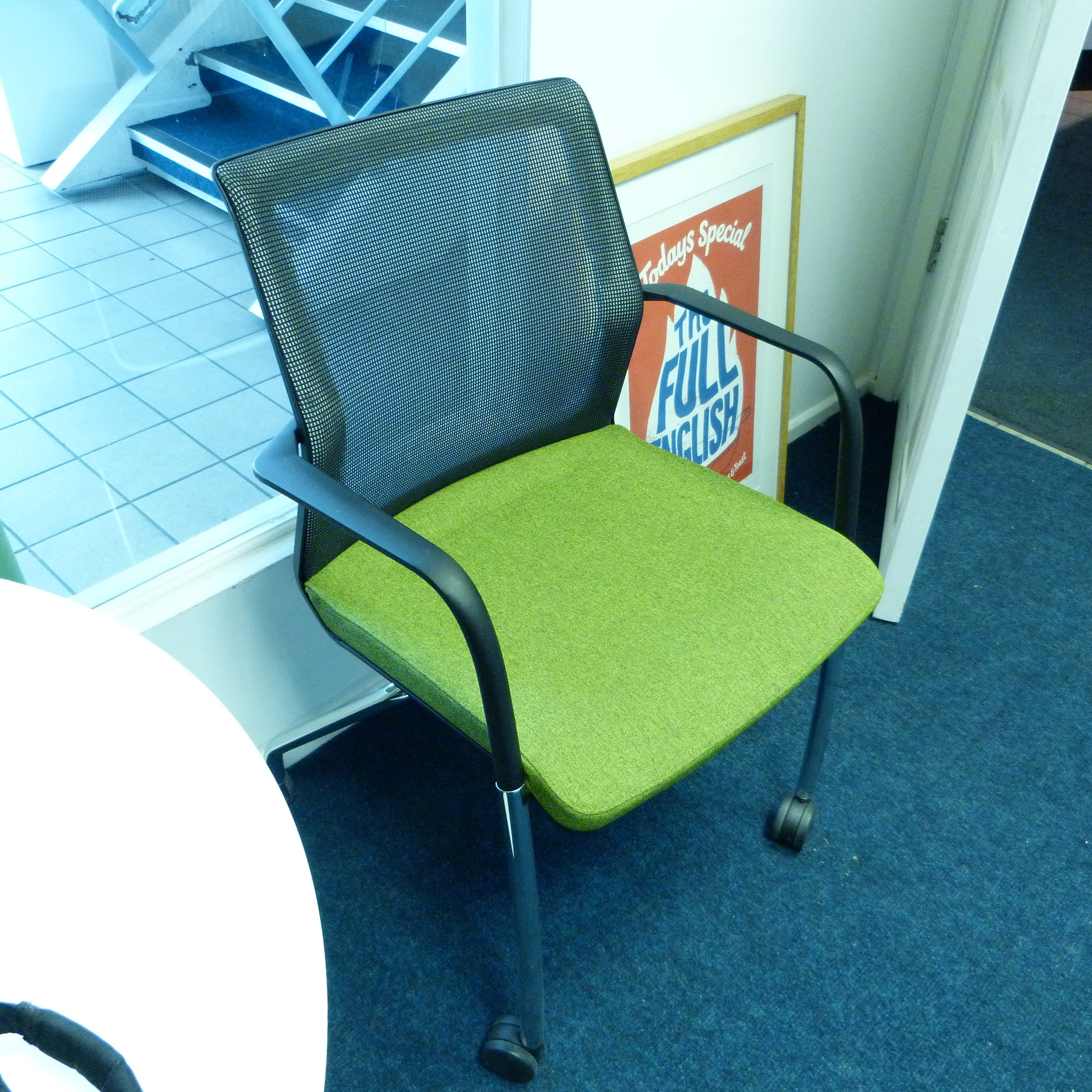 These Orangebox Workday meeting chairs have made it in to our office…lucky us!