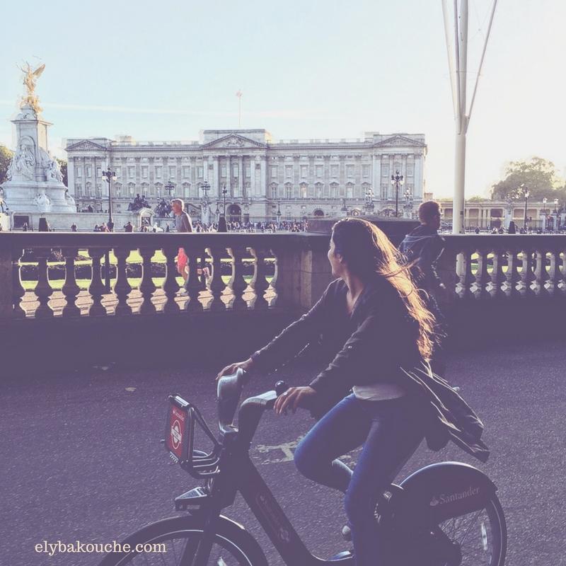 Biking around London, England. This is the famous Buckingham Palace.