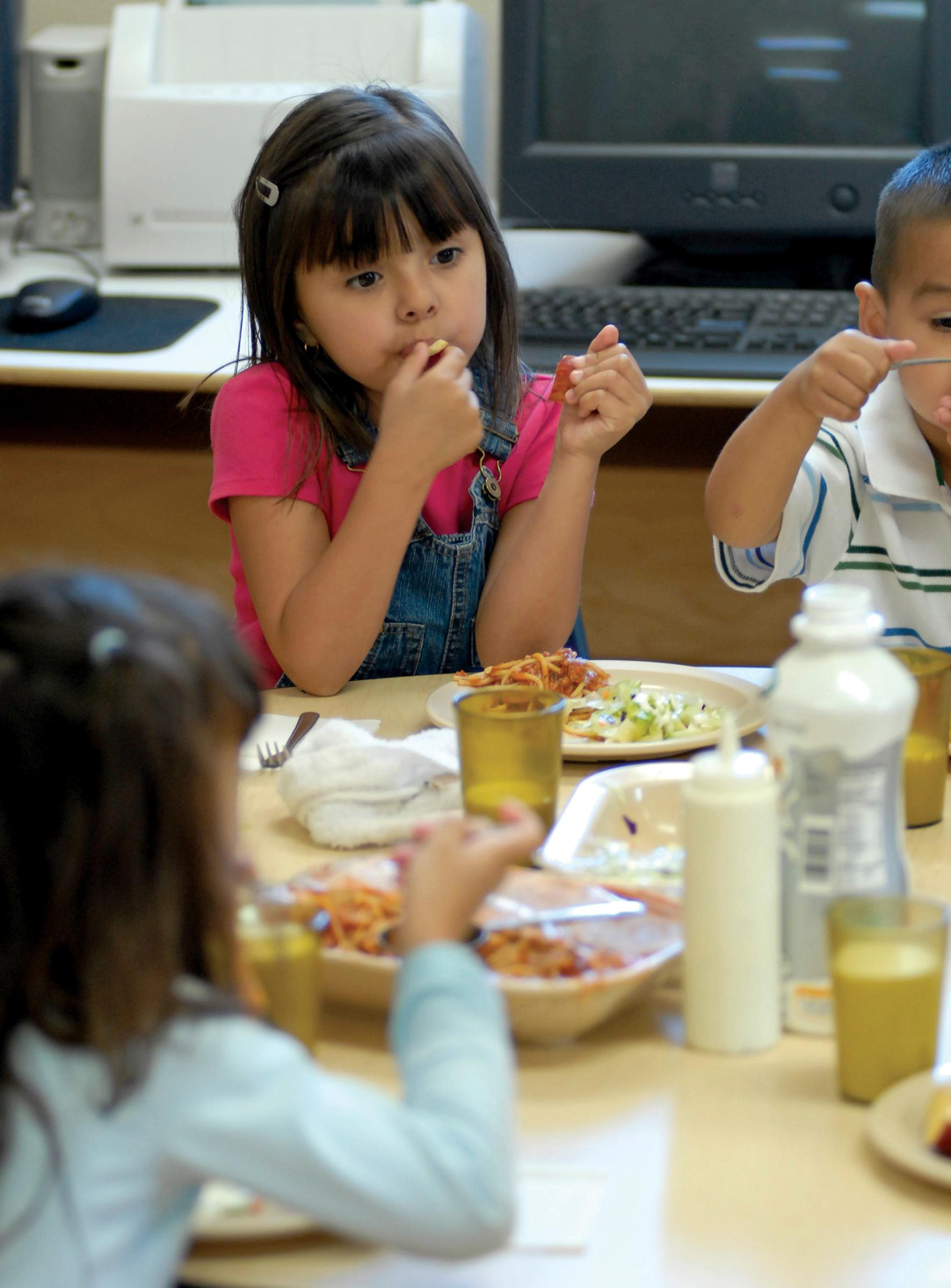 Children eating a meal in a Head Start program in Arizona  photo: Jeffrey Austin
