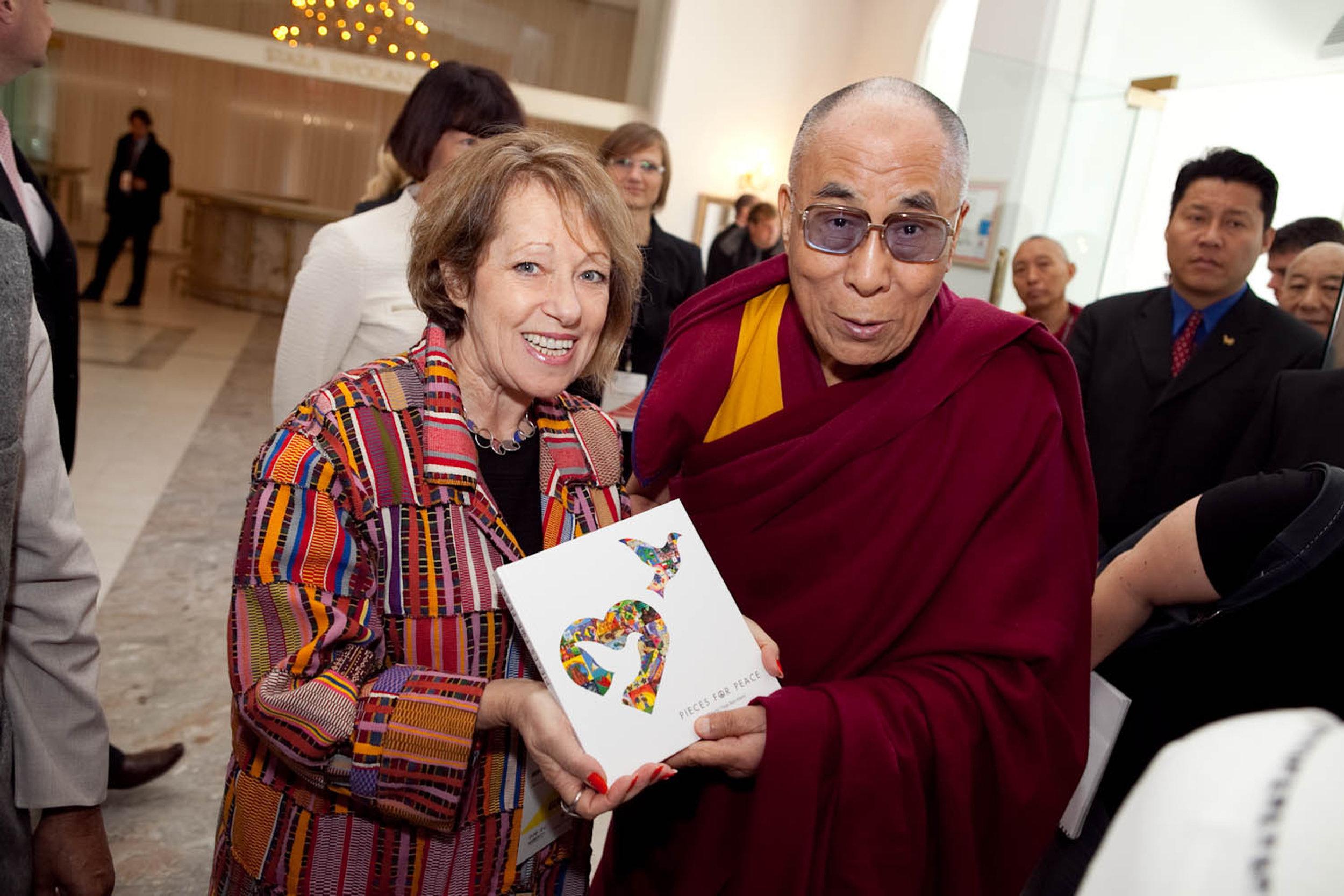 Dalai Lama & Tsipi 3.jpg