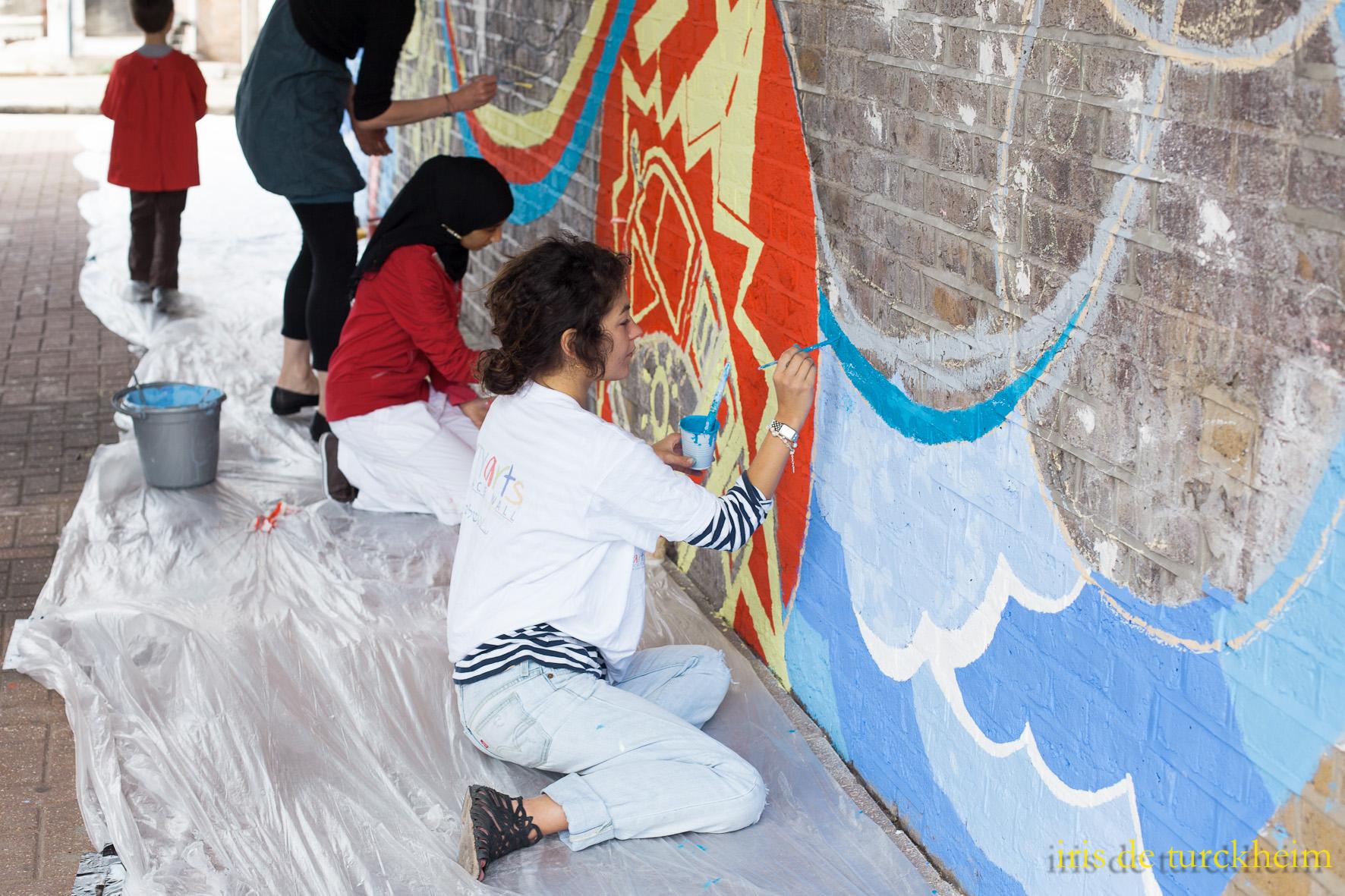 People painting.jpg