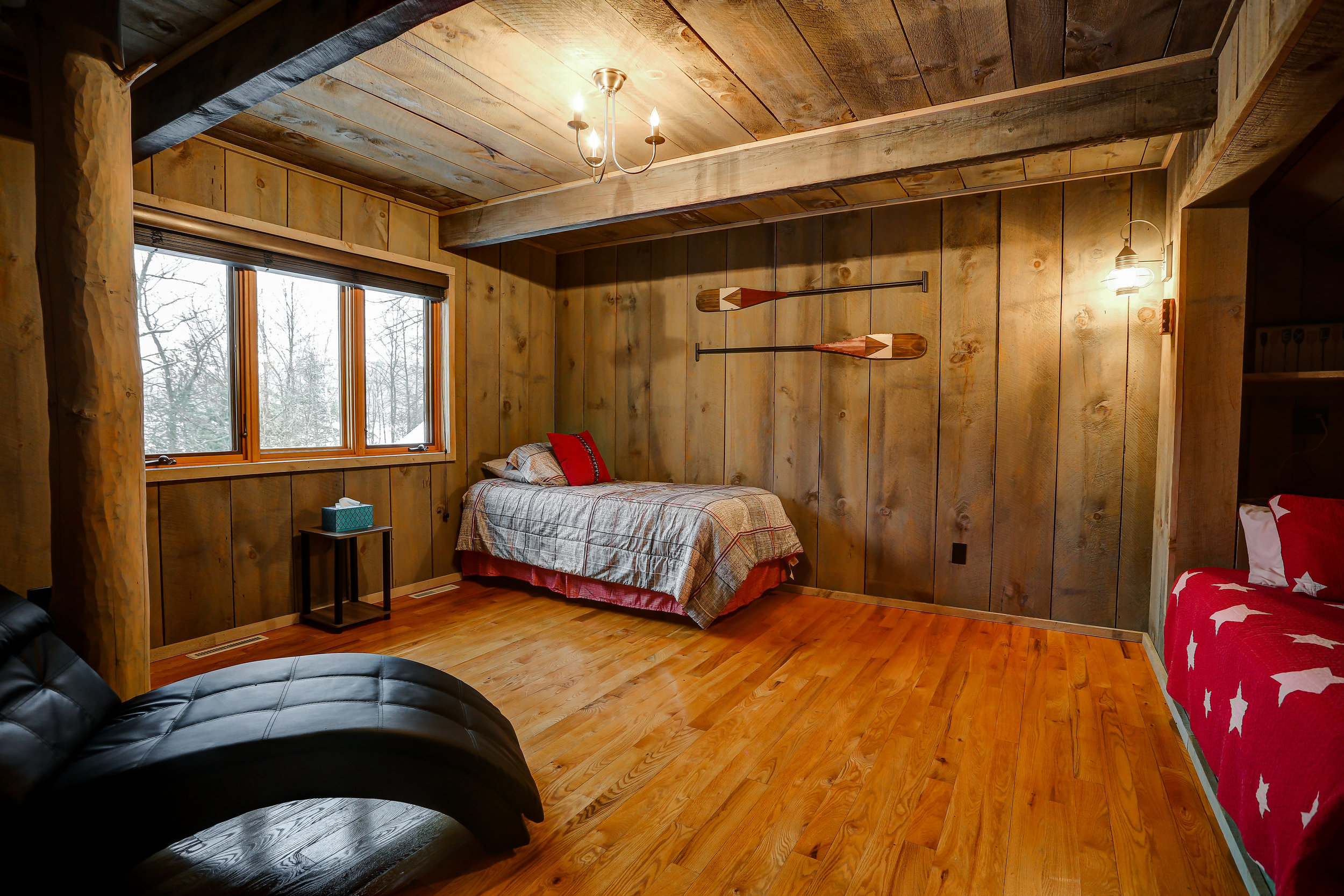 Tree Room - Upstairs | Two twin beds and shared bathroom on main level