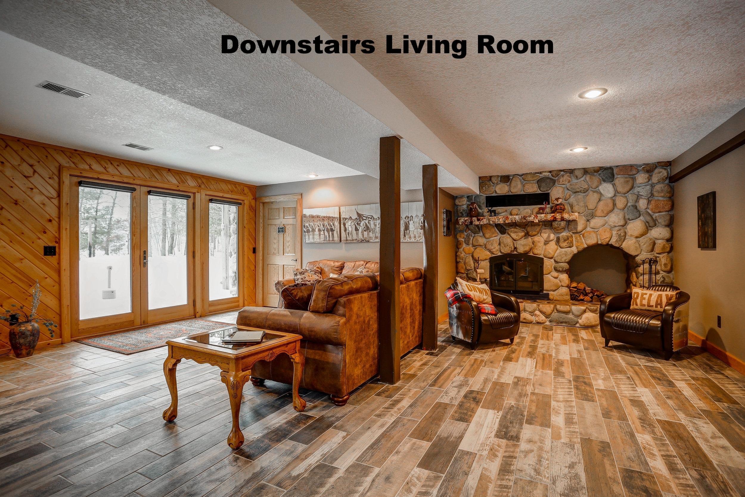 Downstairs-living-room-fireplace.jpg