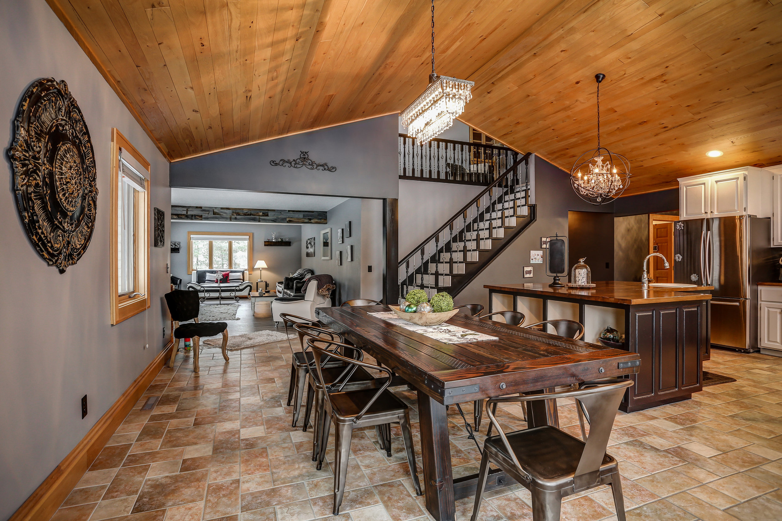 Kitchen-dining-looking-to-living.jpg