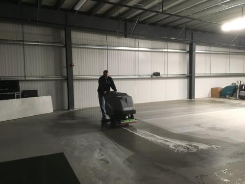 Genesan's Jay Petersen getting the floors ready