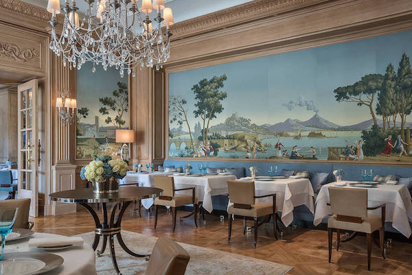 Views of Italy, de Gournay, here at the  Four Seasons hotel, Geneva . Price available on request