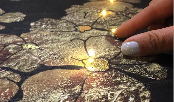Floating LED Silk Wallpaper