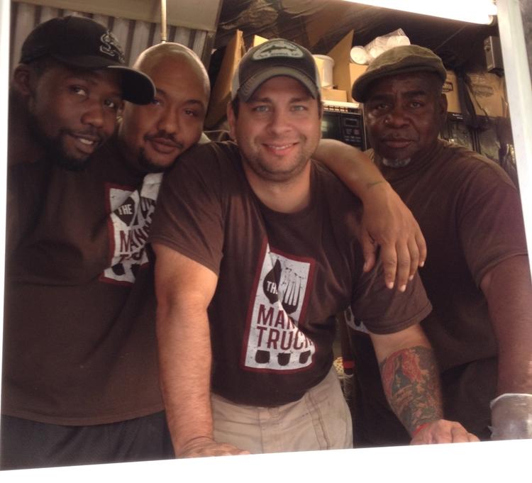 Manna Truck team.jpeg