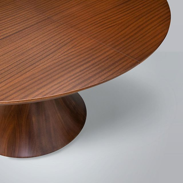 Detail of our Henley expansion table shown in ribbon striped Sapele. . . . . #brooklynmade #craft #art #studiofurniture #designer #fineart  #furniture #design #interiordesign #custom #customfurniture  #woodfinish #finefurniture #woodworkingshop #woodworkerlife #finefurniture  #customcarpentry #solidwoodfurniture  #furnitureshop #customwoodworking  #artfurniture#furnituremaker #woodworkers #woodworkfeature  #woodworkinglove #customwoodwork  #woodworkers #finewoodworking  #chapterandverse_nyc