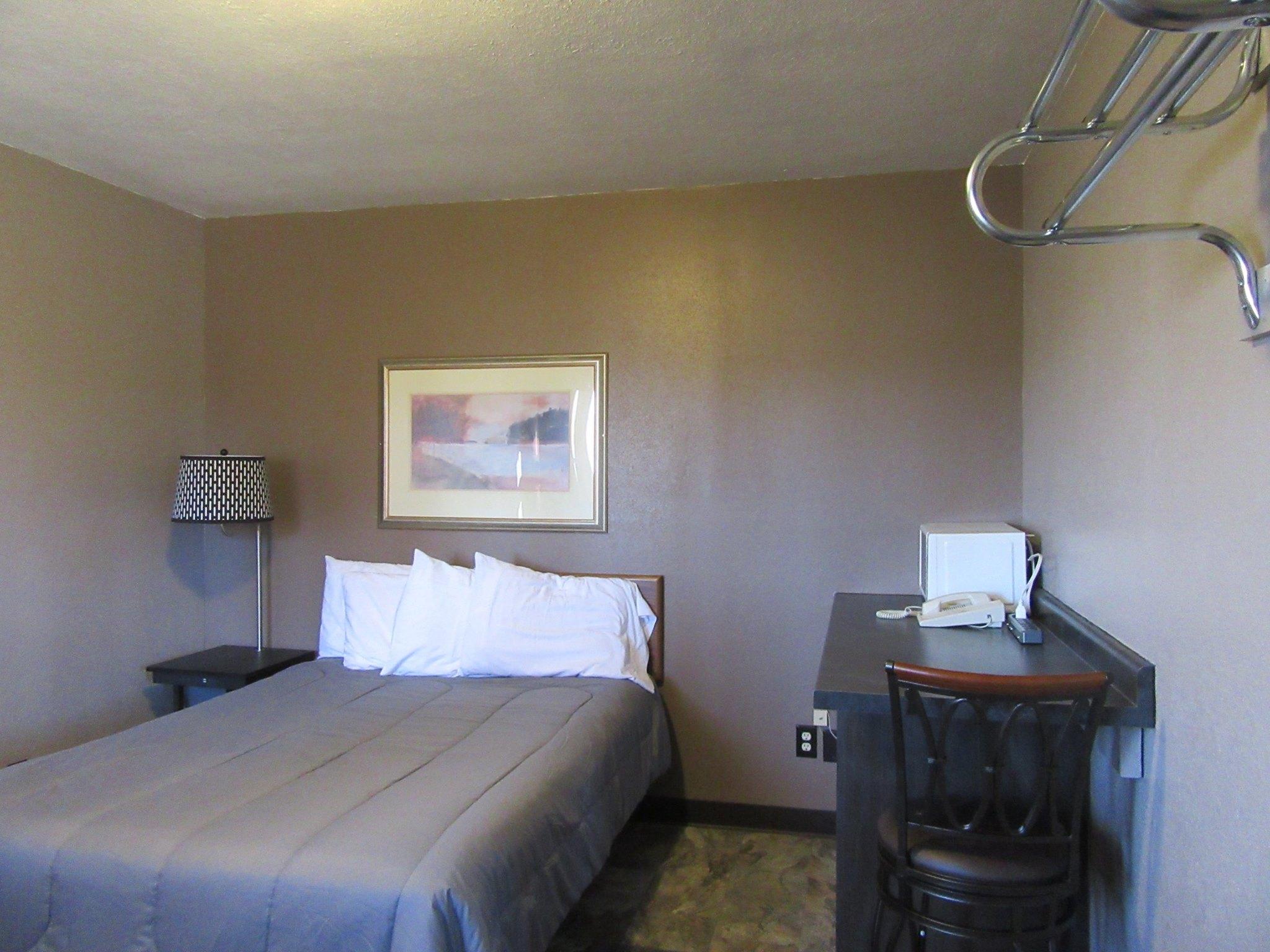 pullman motel1.jpg