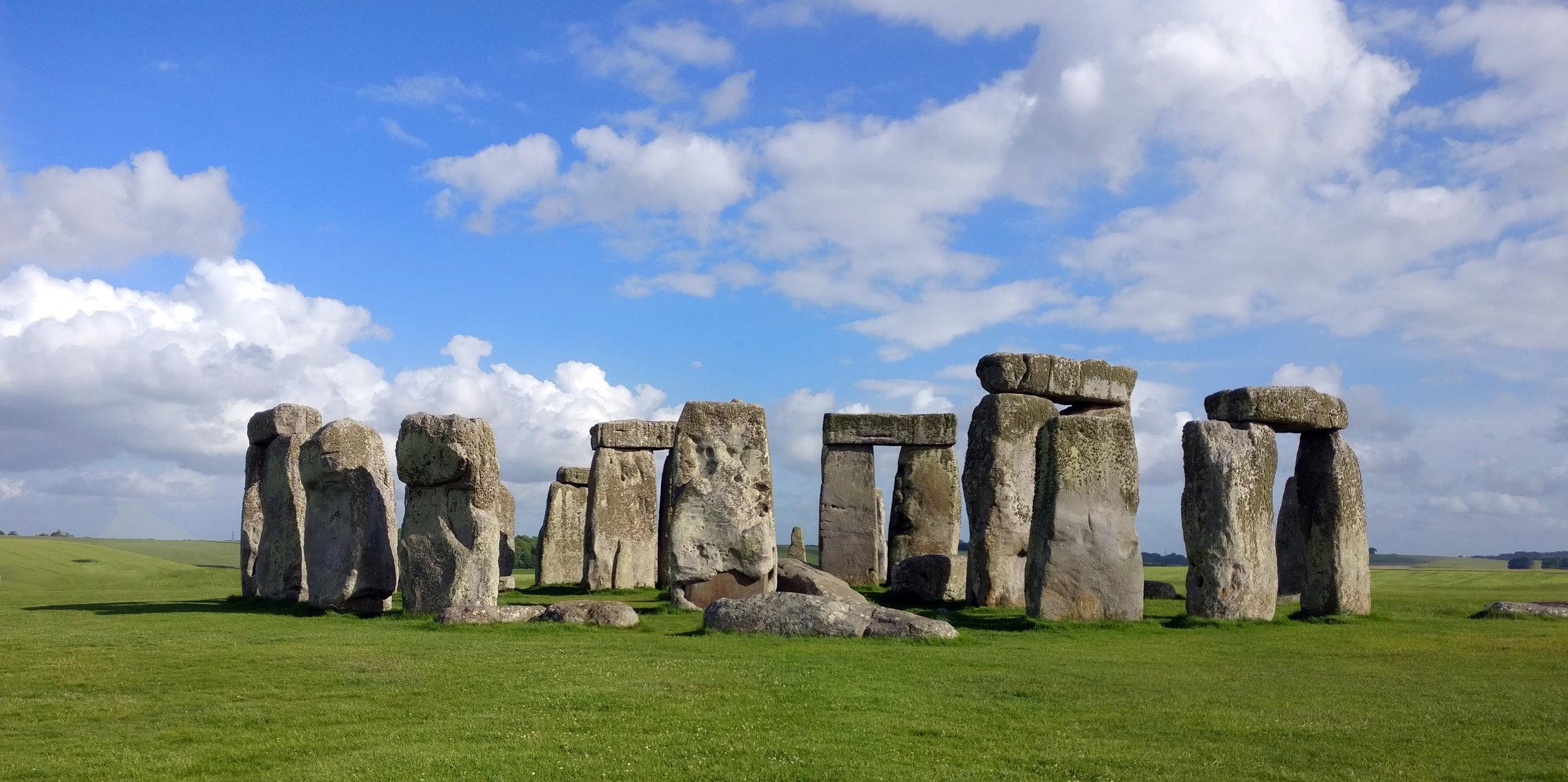 stone_henge_02.jpg
