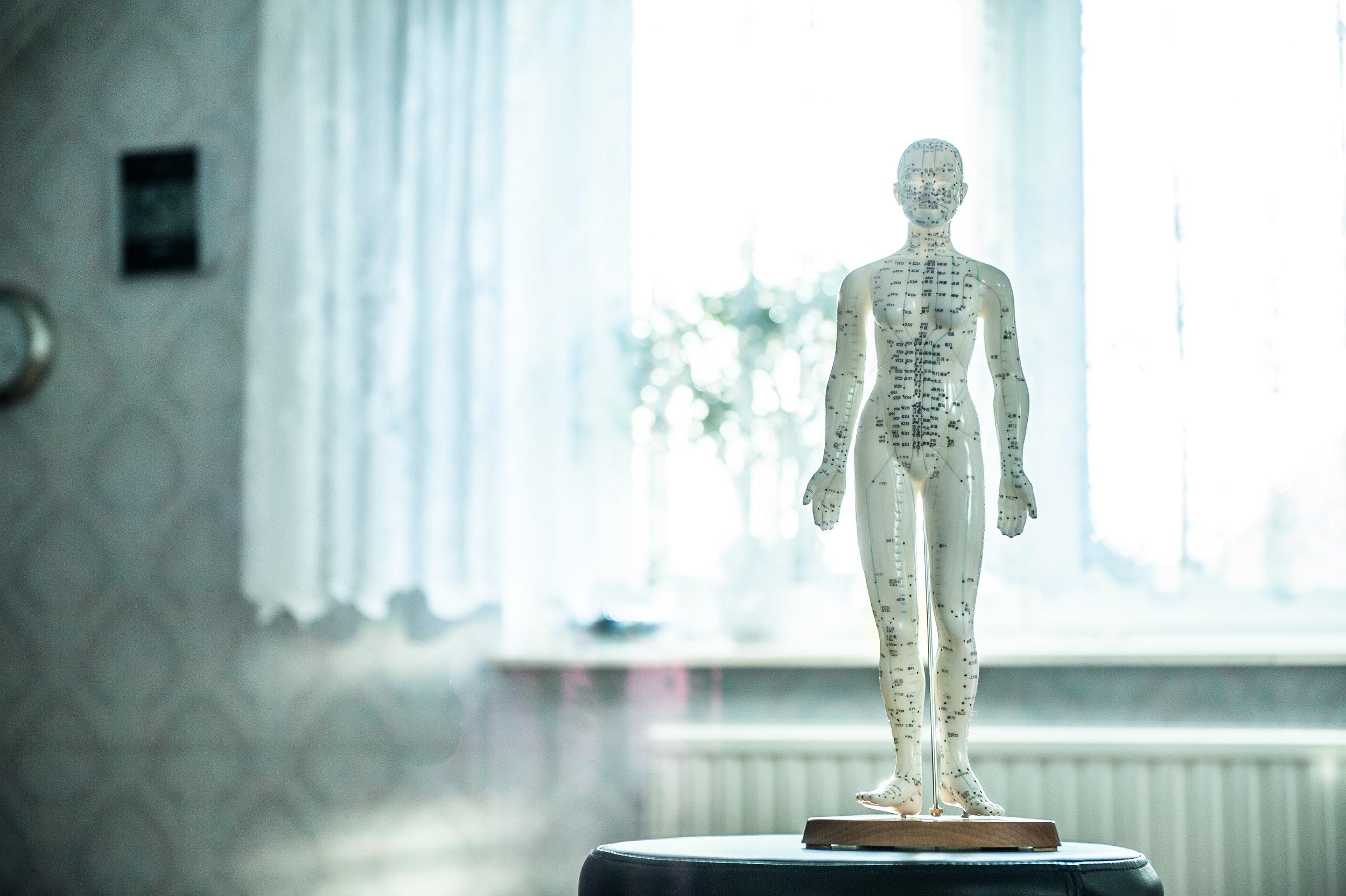 monument-statue-relax-fashion-sculpture-art-822241-pxhere.com.jpg