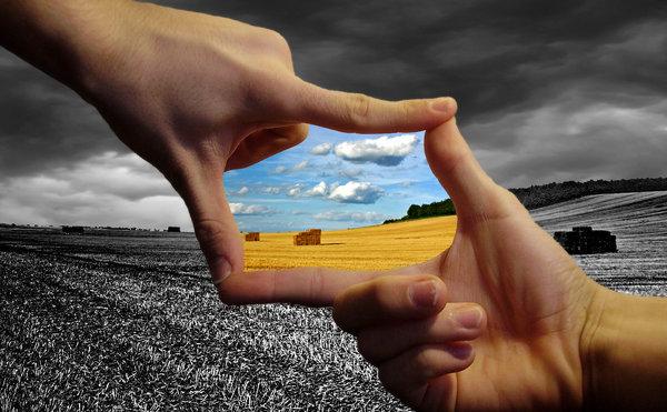 Finger_Framed_Paradise_by_hollywoodjesus.jpg