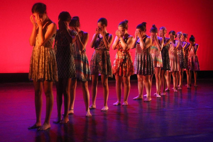 dance009.jpg
