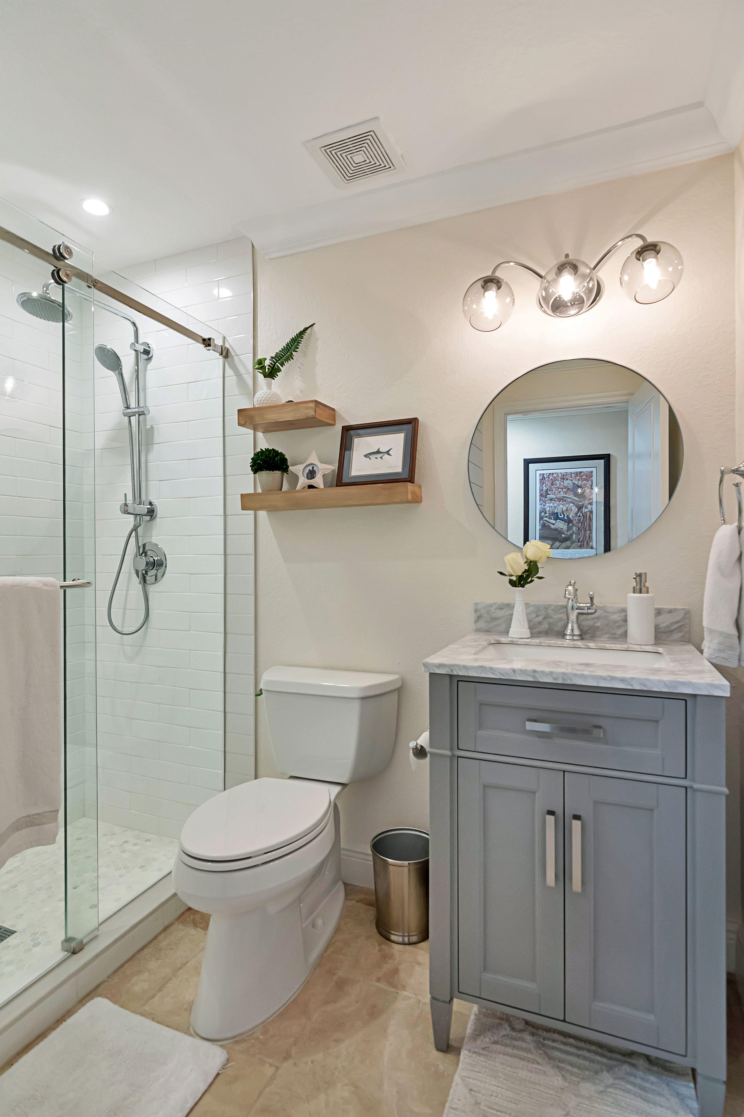 6450 bath 2.jpg