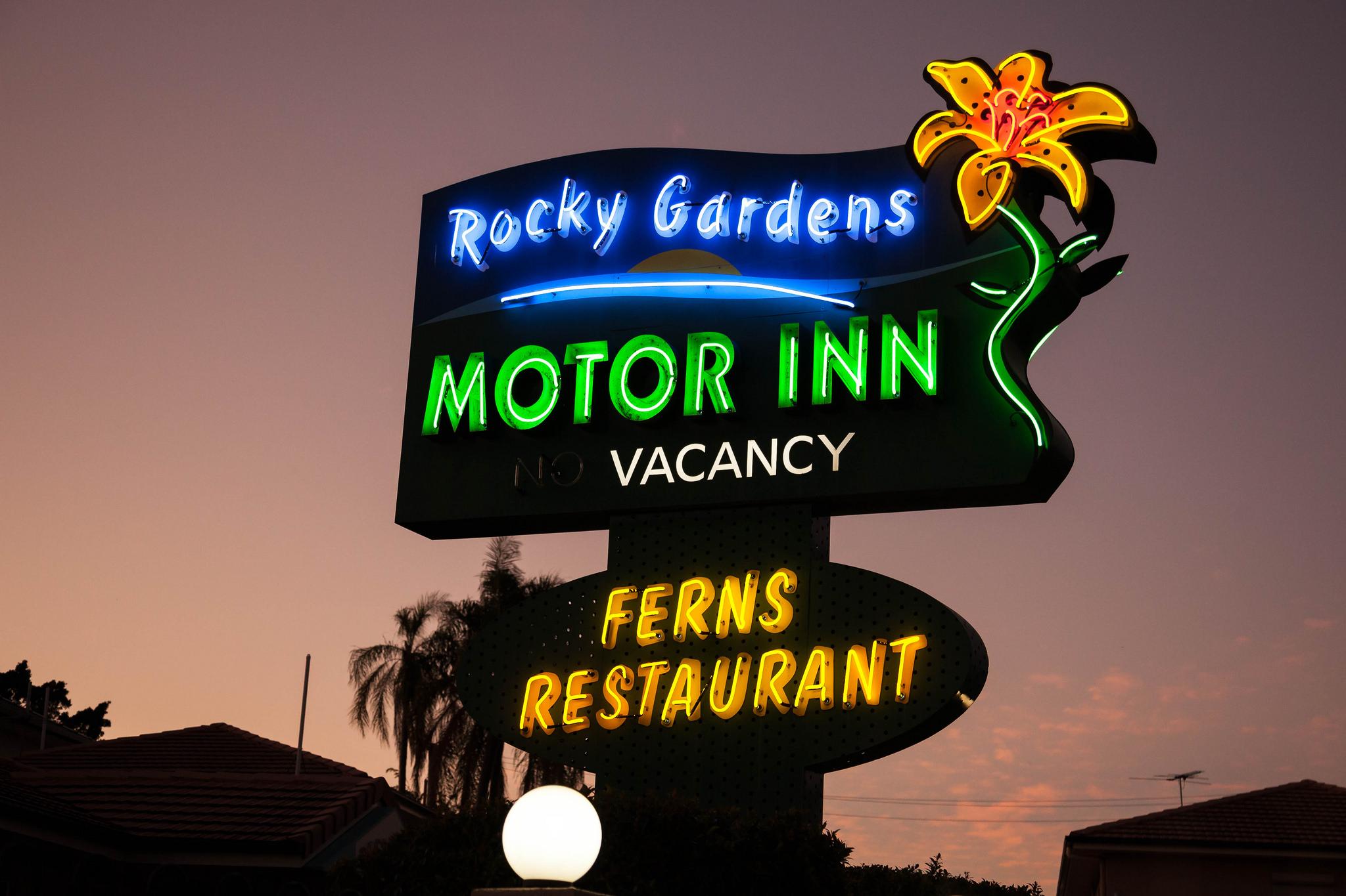 Neon sign, Rockhampton by Andrew S