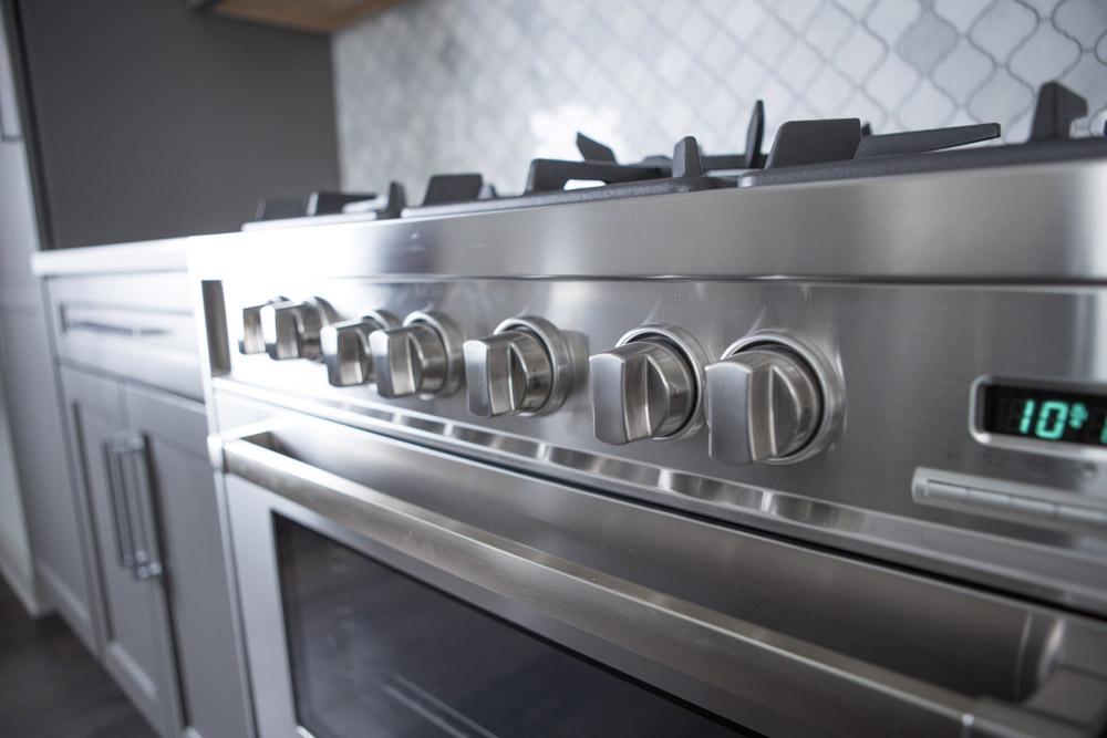 BRUNNER_detail_kitchen_stove.jpg