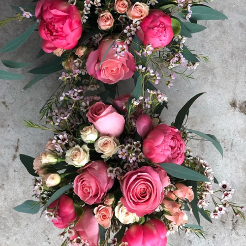 Vase arrangement -