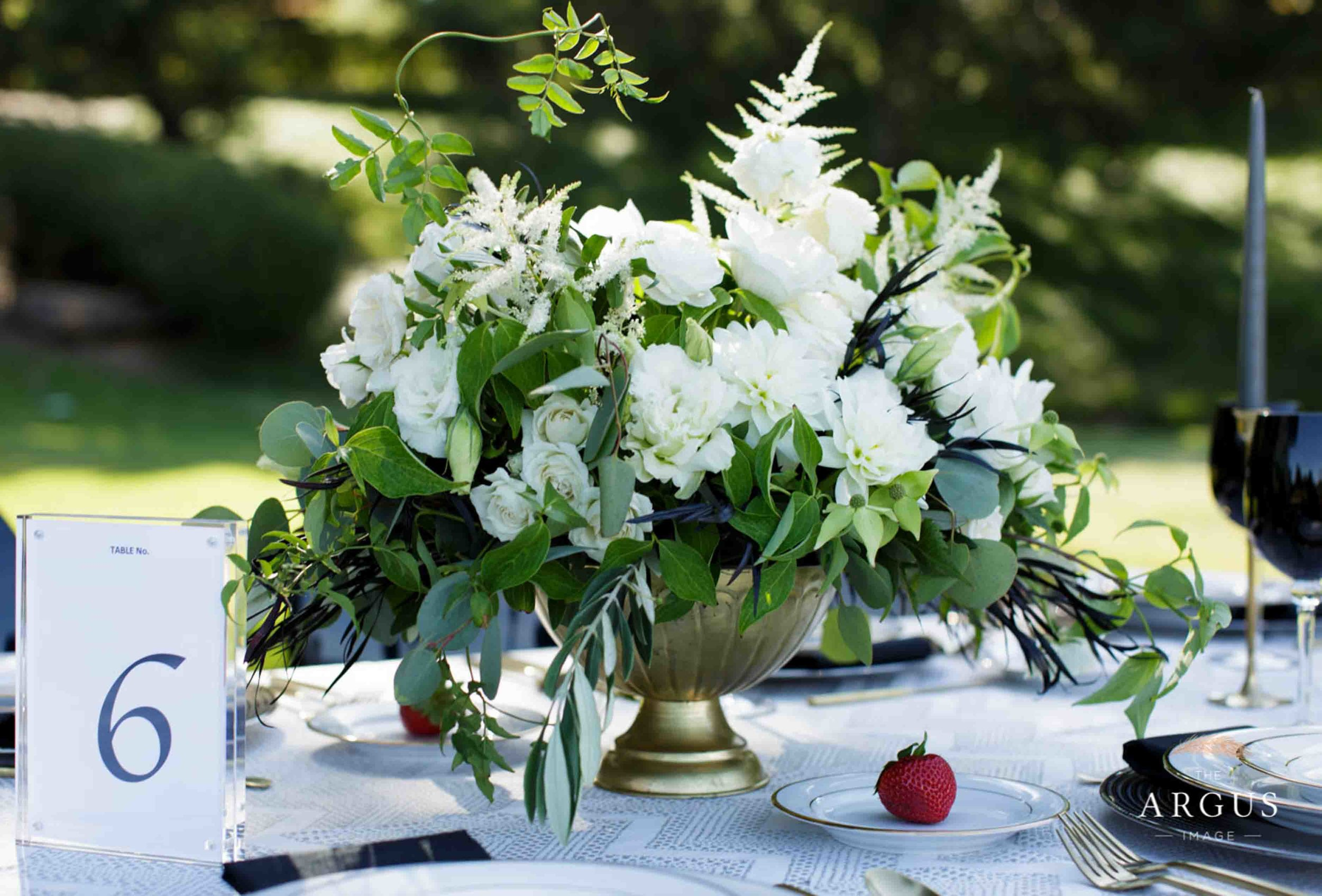 lake_sherwood_classic_inspired_wedding-7.jpg