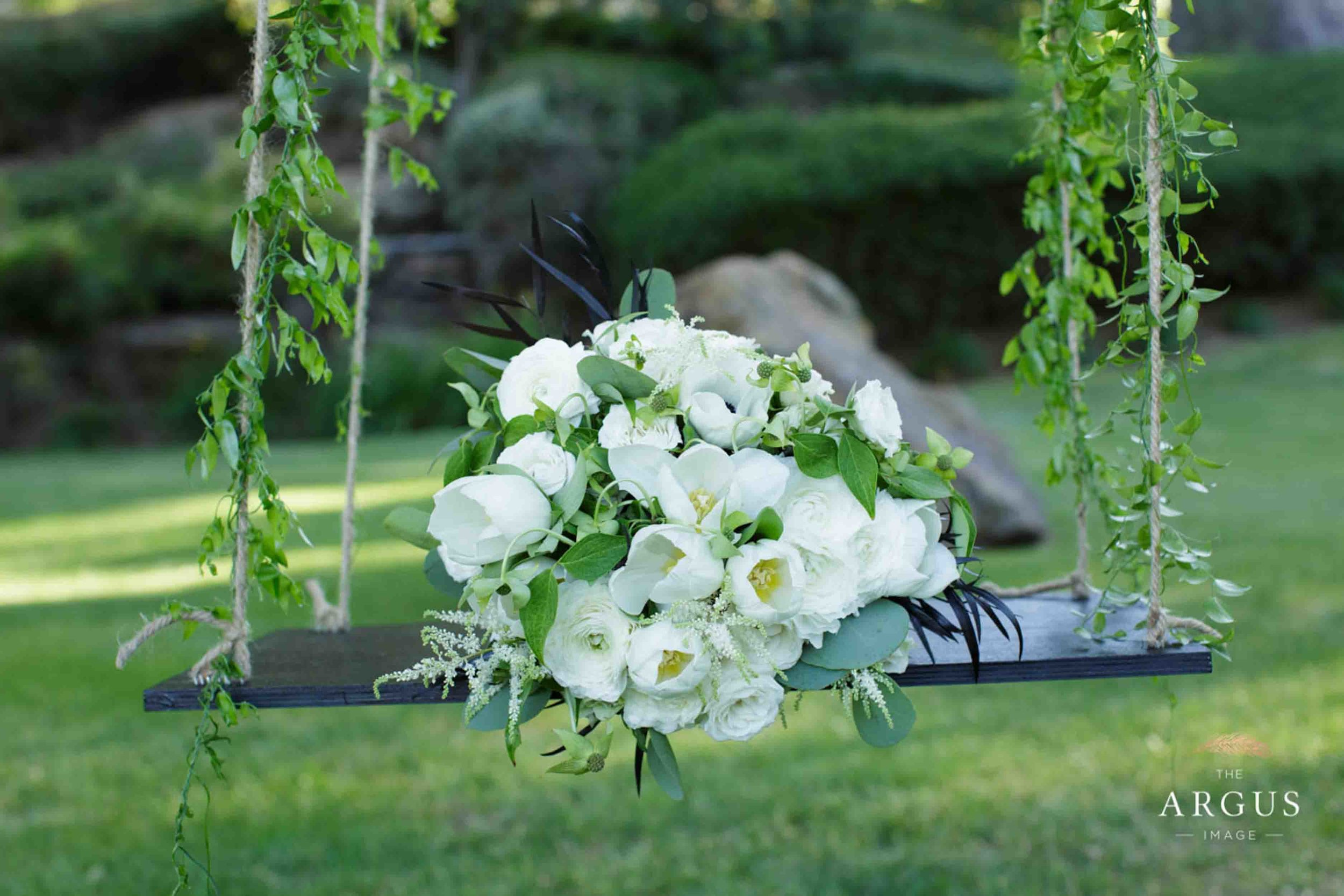 lake_sherwood_classic_inspired_wedding-26.jpg
