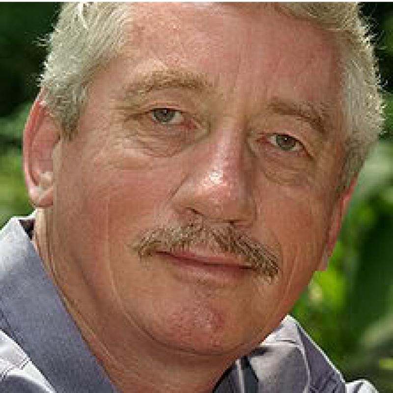 Dr. Frans De Waal