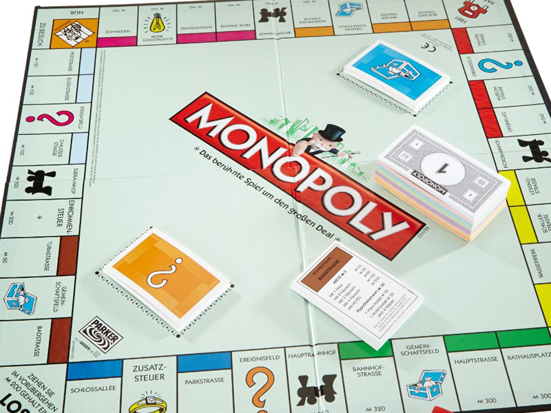 Blockchain-Technology-and-the-Monopoly-Board-Game.jpg