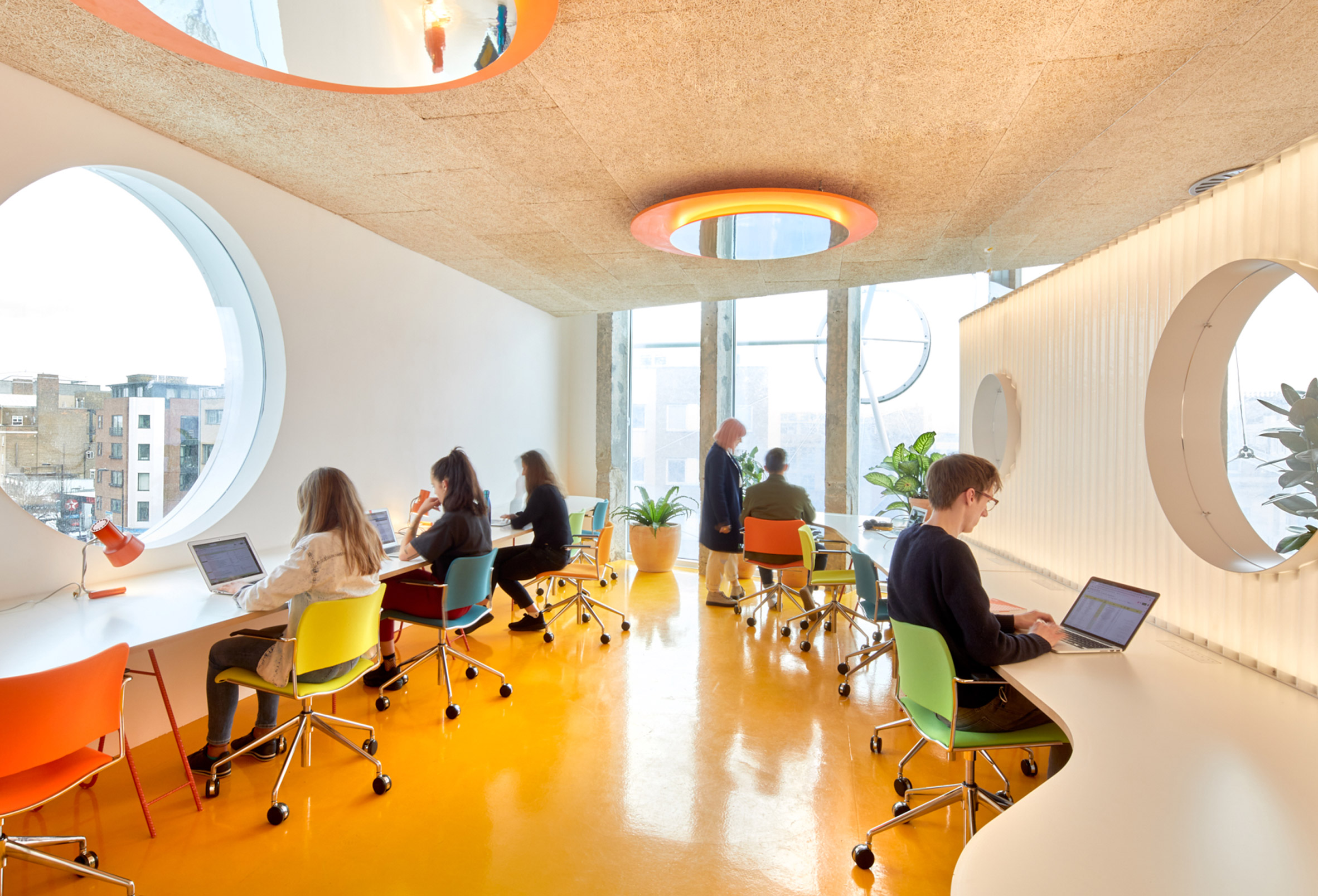 second-home-london-fields-cano-lasso-interiors-co-working-offices-extra_dezeen_2364_col_10.jpg