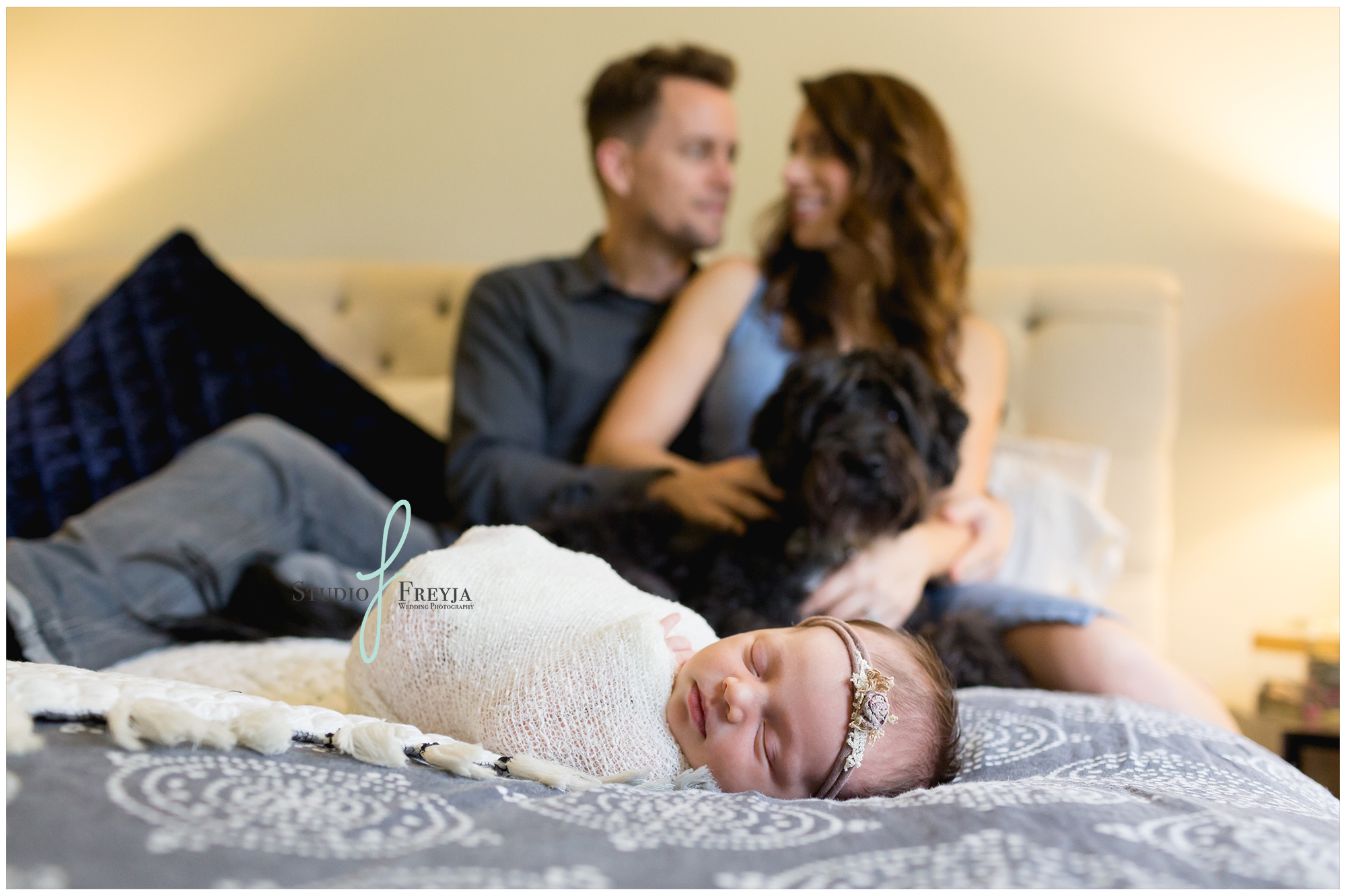 Sweet Parents and newborn pictures in San Diego