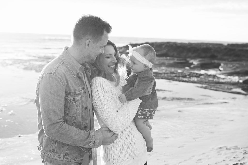 Black and White Sunset Family Pictures on the Beaches of La Jolla by Local San Diego Family Photographer