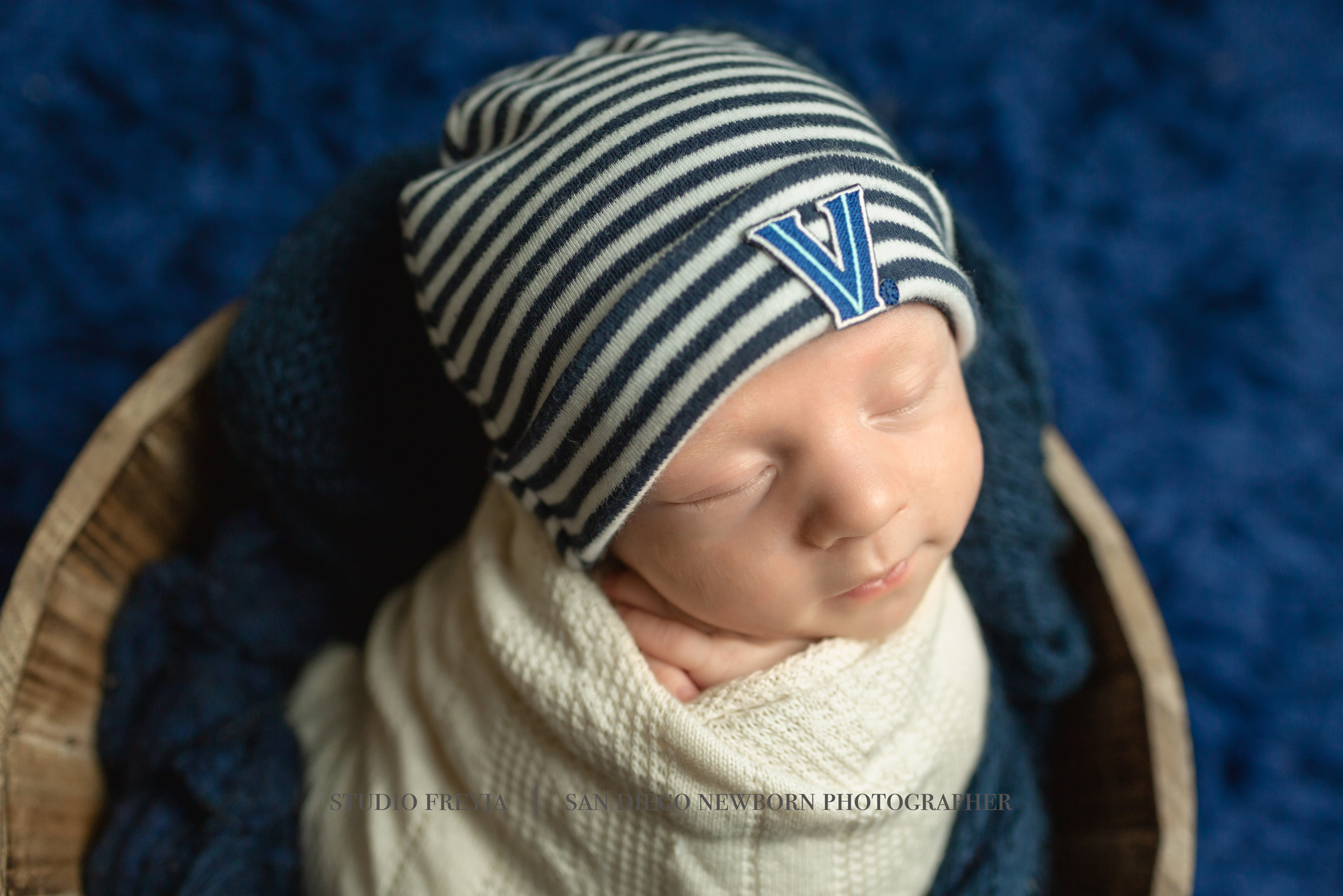 Ronan Newborn Pictures Copyright Studio Freyja (9 of 50).jpg
