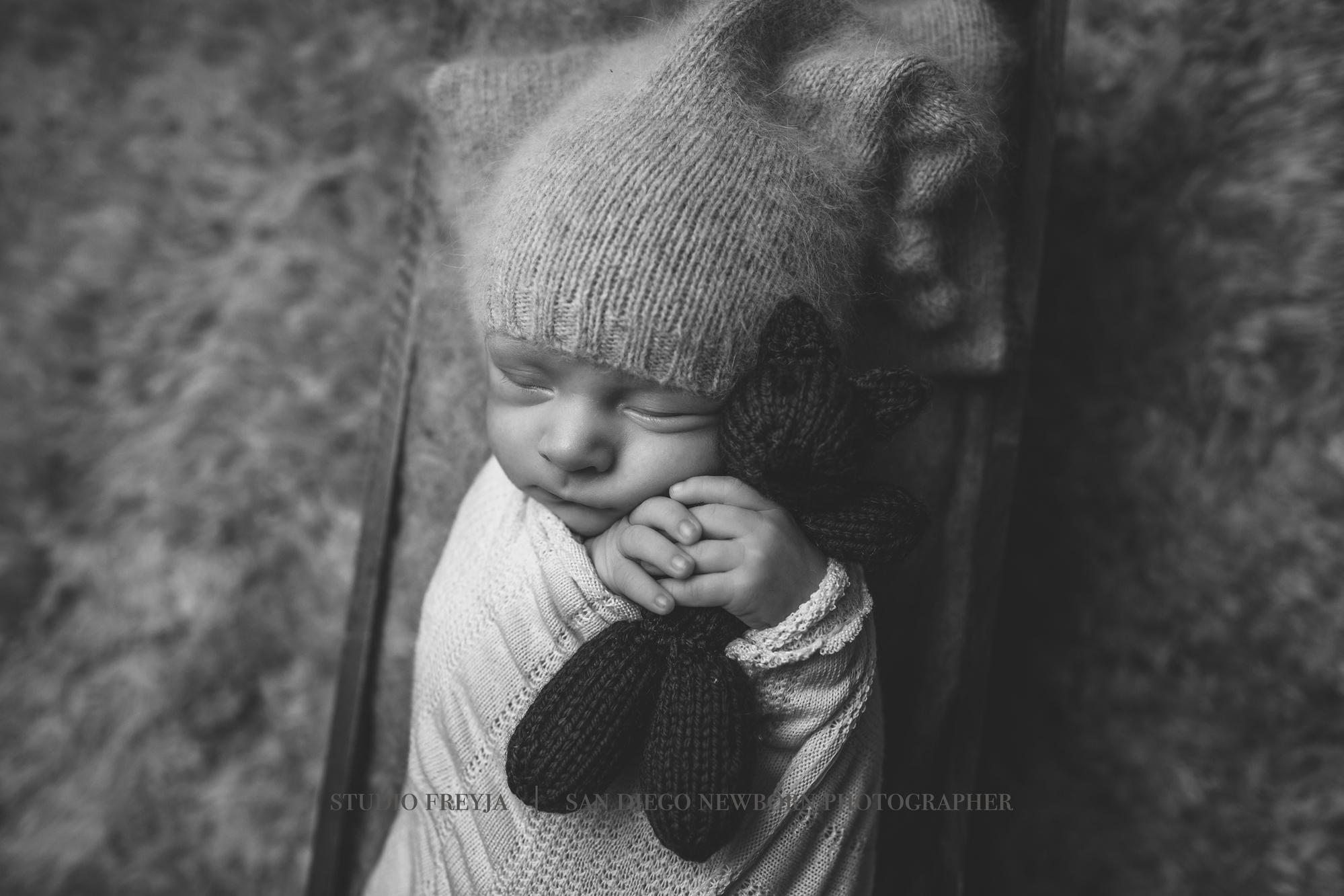 Ronan Newborn Pictures Copyright Studio Freyja (18 of 50).jpg