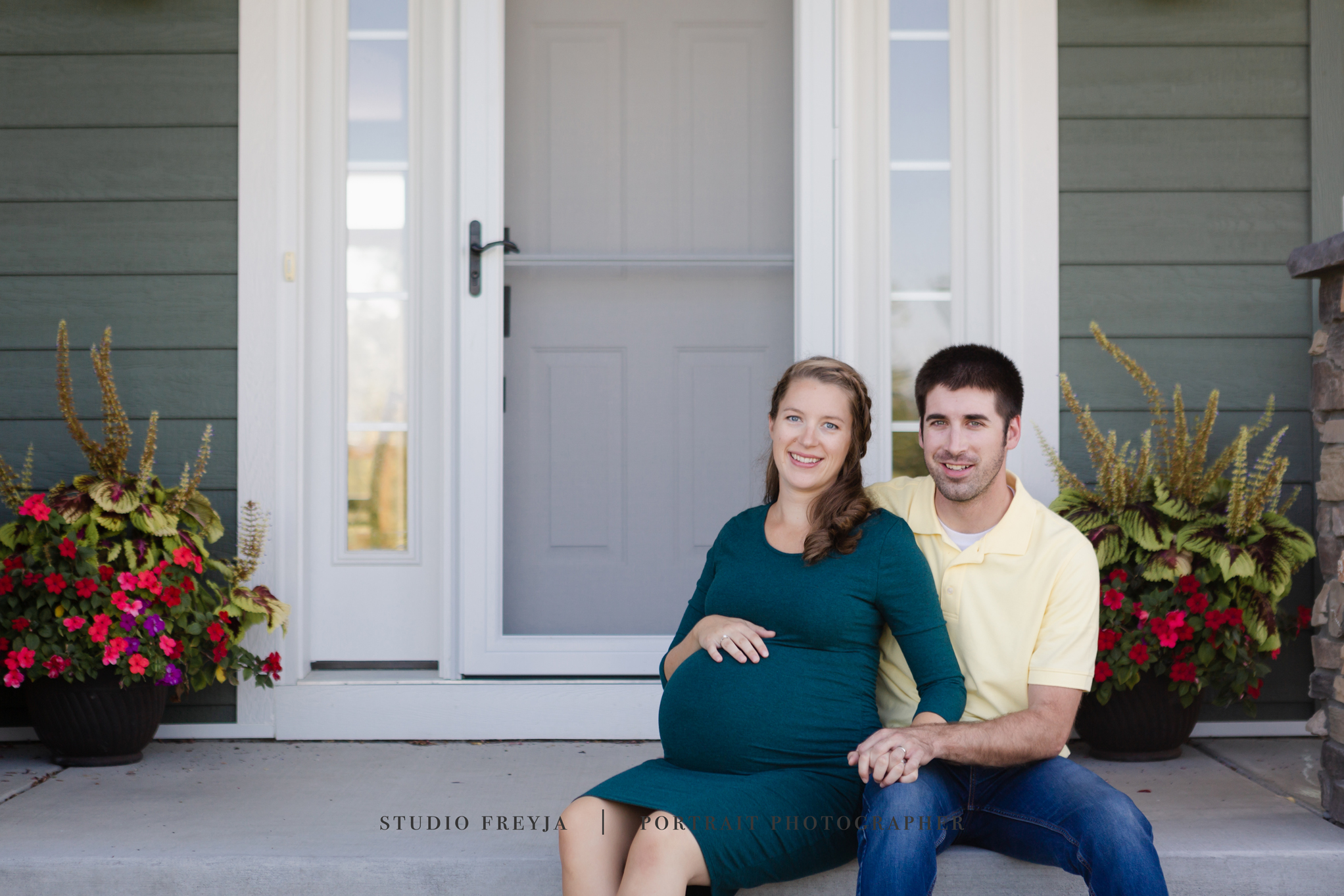 Bethany & Joe Maternity-1.jpg