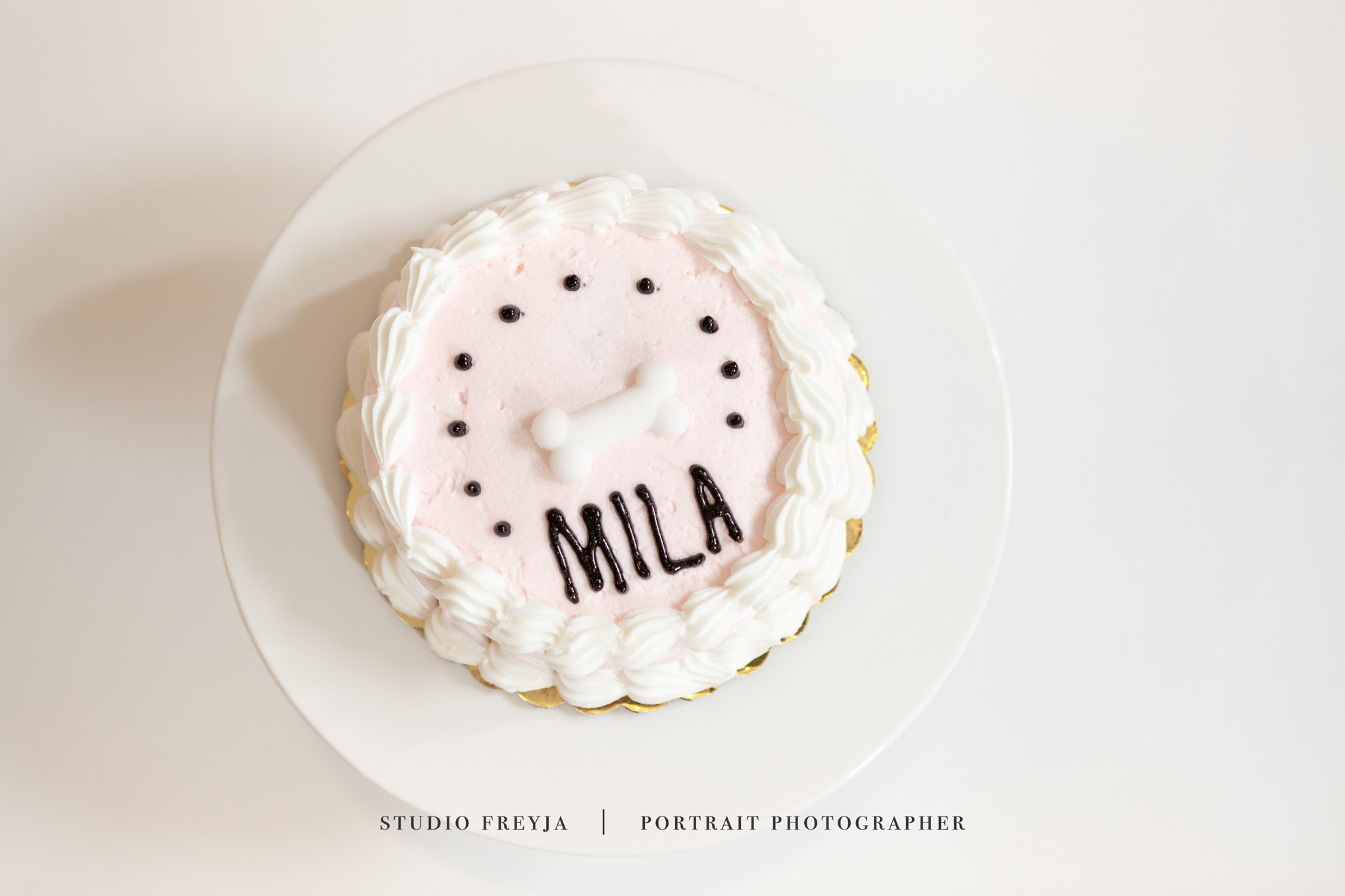 Mila One Year Cake Smash Copyright Studio Freyja (3 of 72).jpg