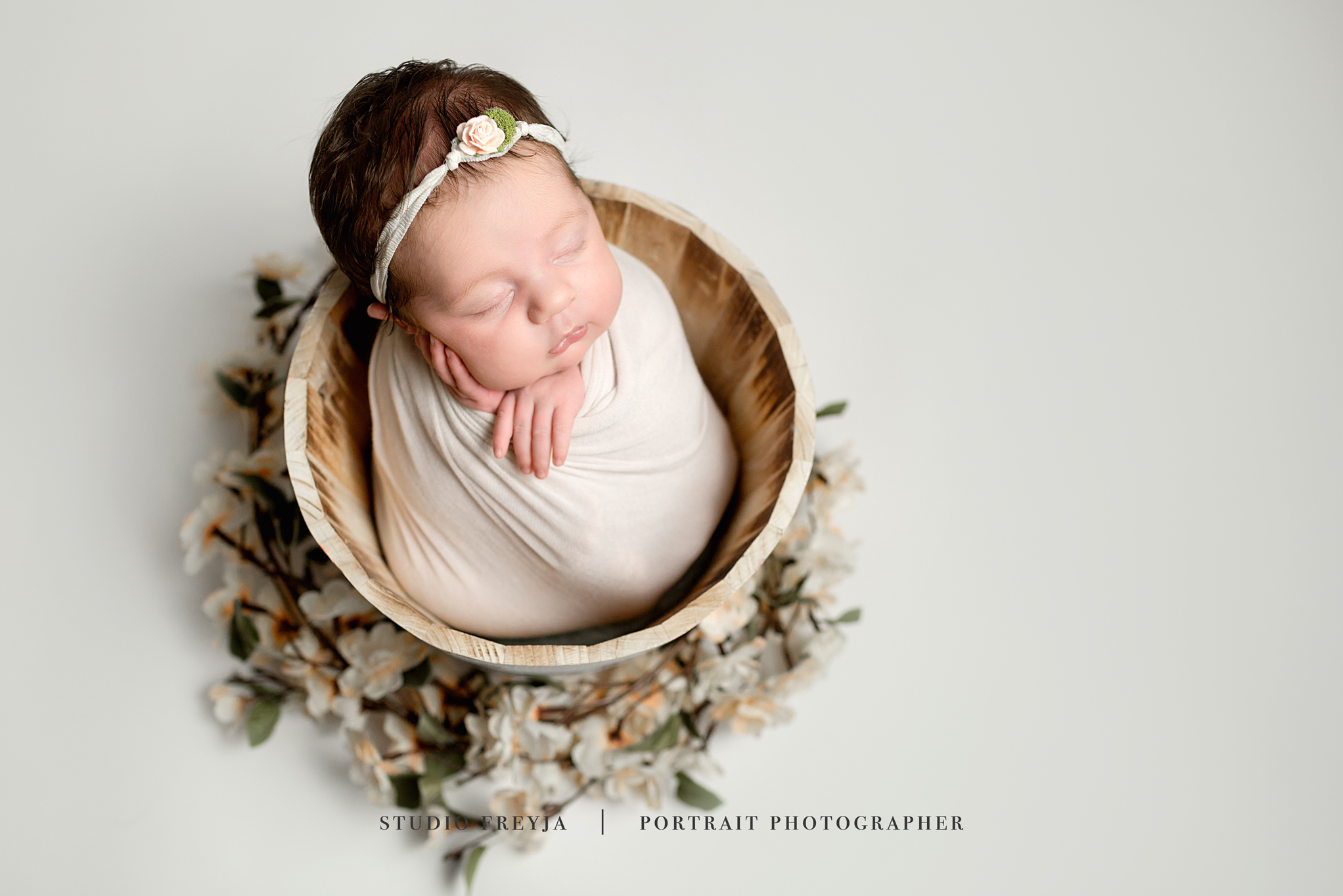 Brookly Newborn Pictures Copyright Studio Freyja-25.jpg