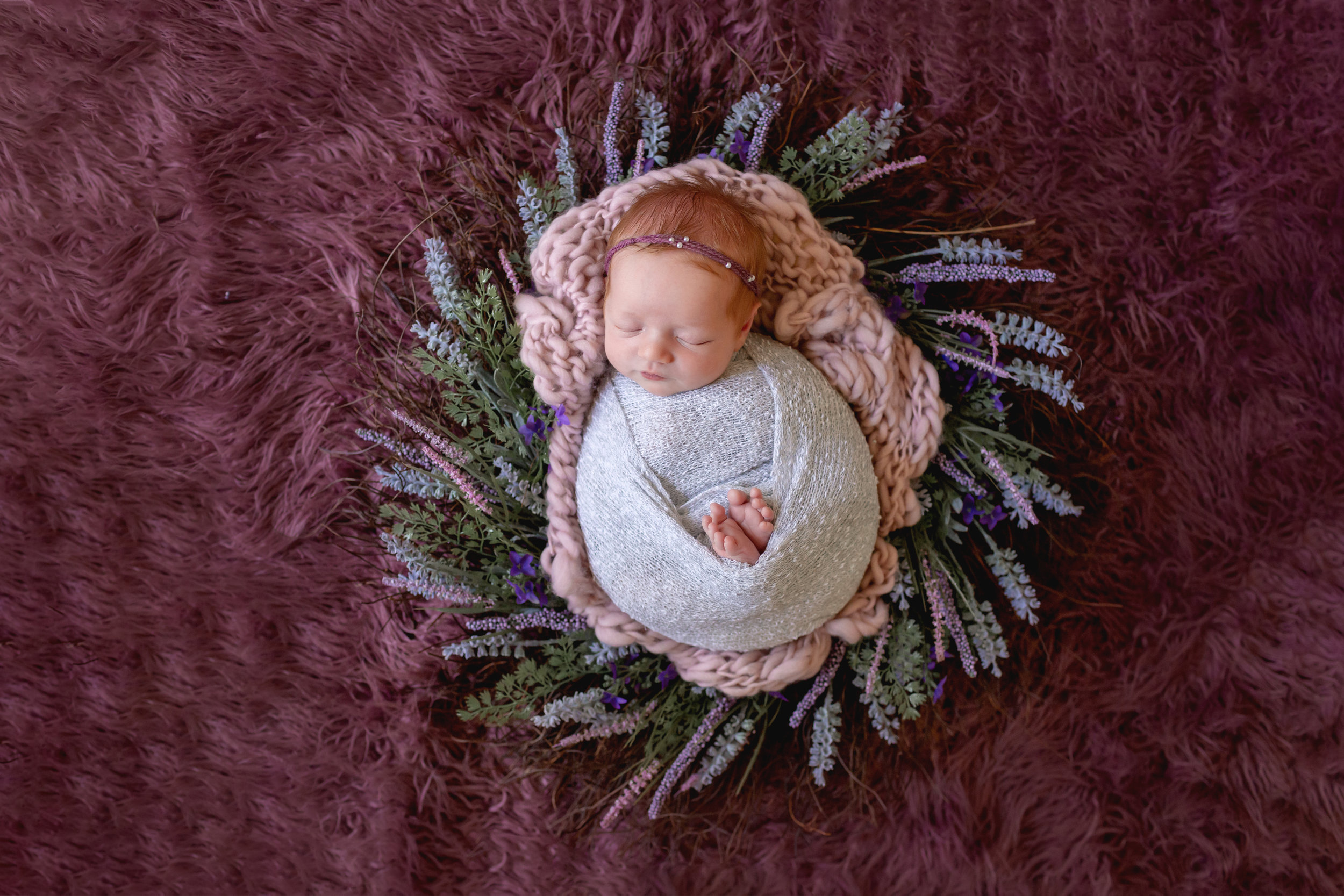 The right newborn photographer will be able to give you timeless and gorgeous newborn pictures of your infant that you'll treasure for years to come.
