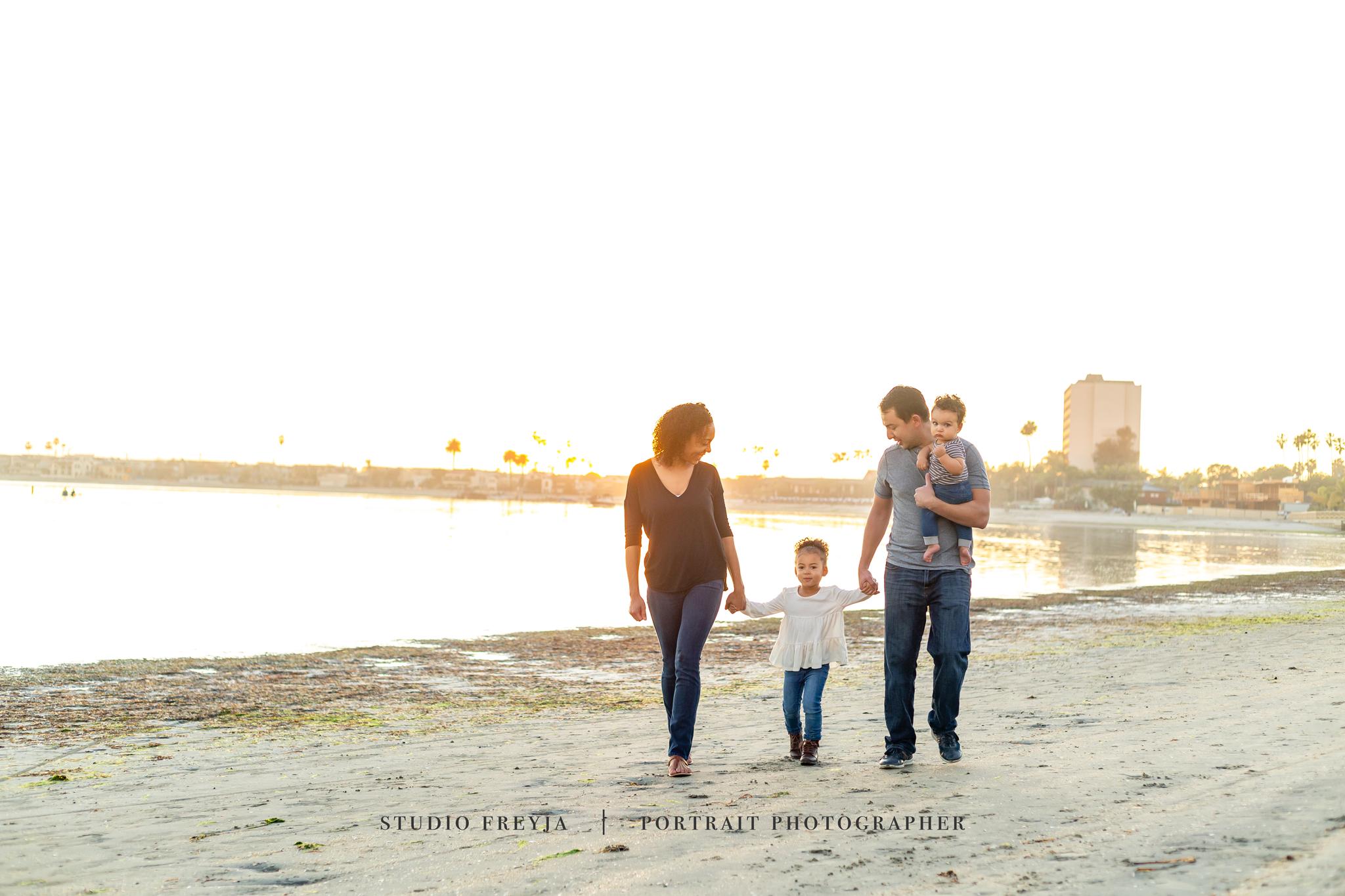 Kenan-Beach-Family-Pictures-Copyright-Studio-Freyja-(44-of-60).png