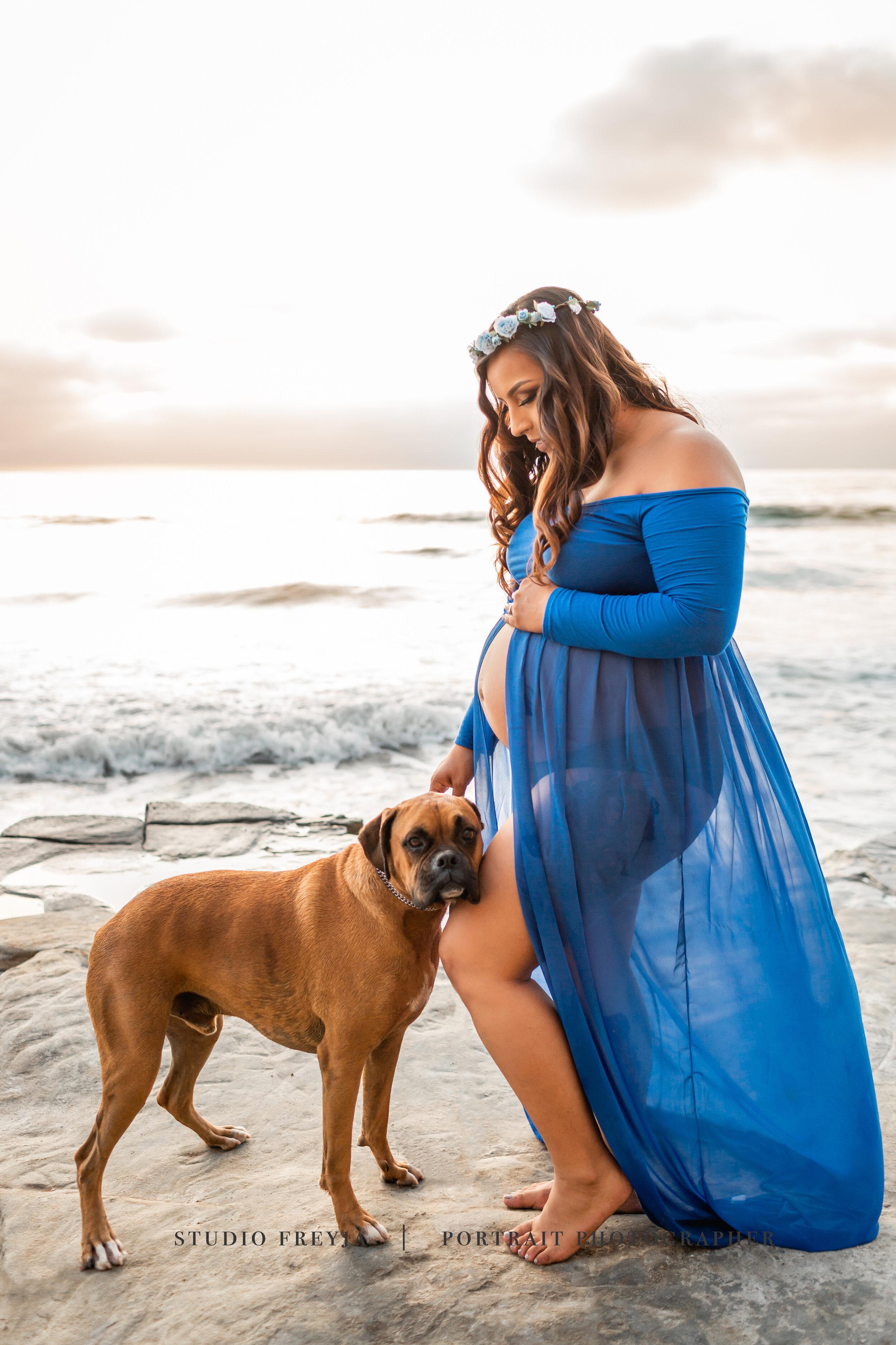 Studio Freyj, San Diego Maternity Photographer