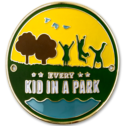 379851 Every_Kid_in_a_Park_Hiking_Medal.jpg