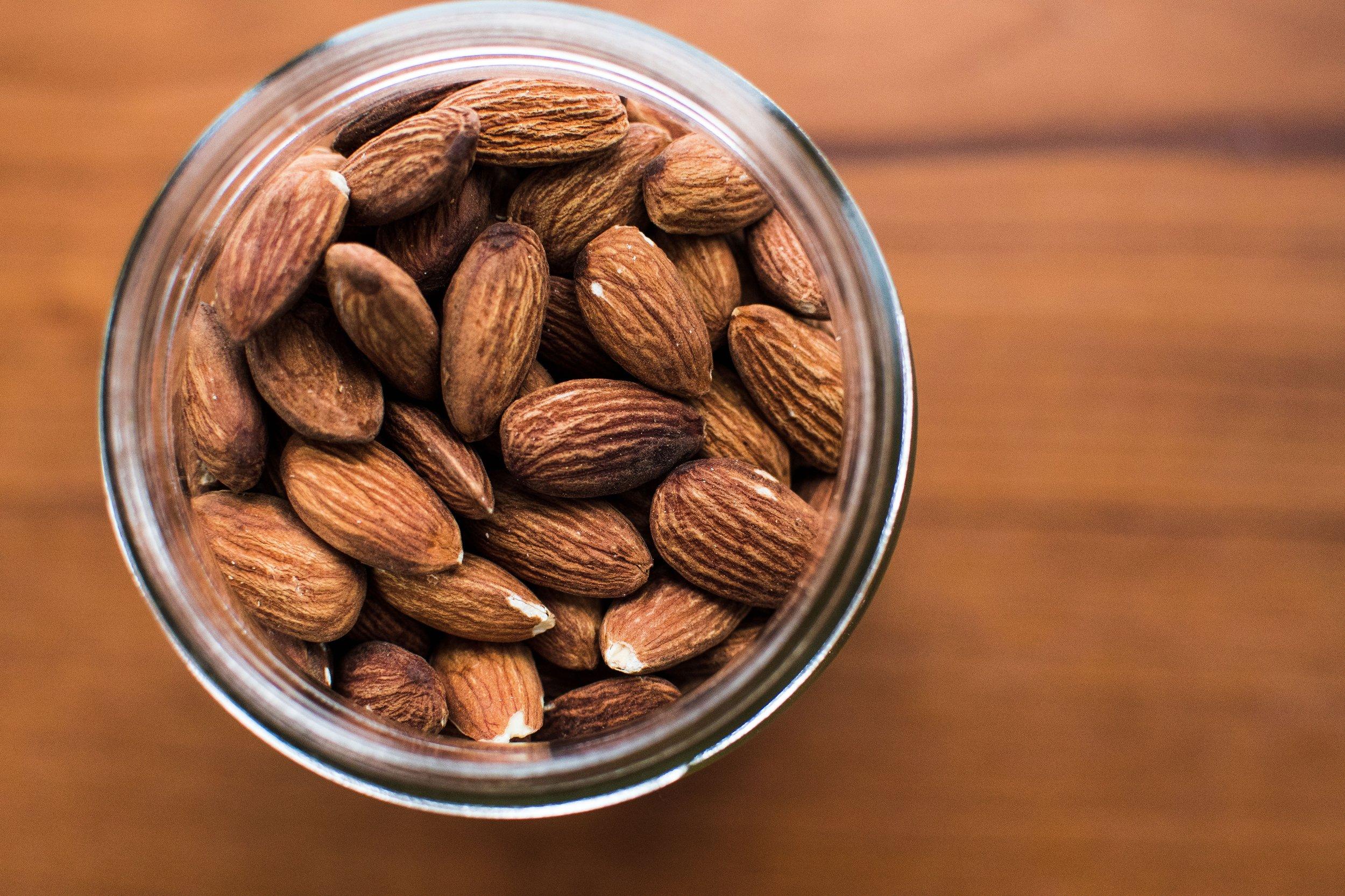 15 Brain-Boosting Foods // CarolynWilliamsRD.com
