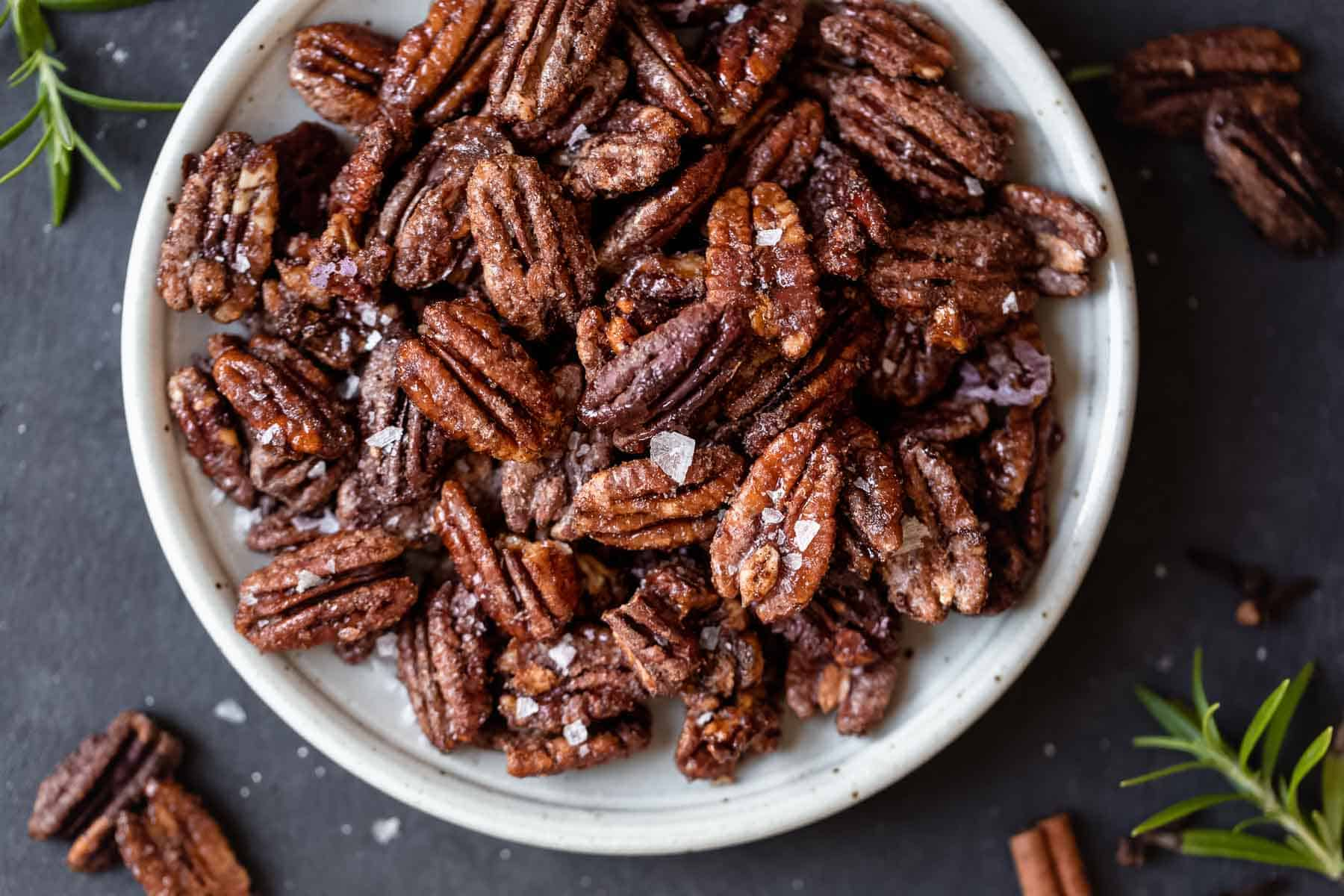 HOLIDAY-SPICED-PECANS-7.jpg