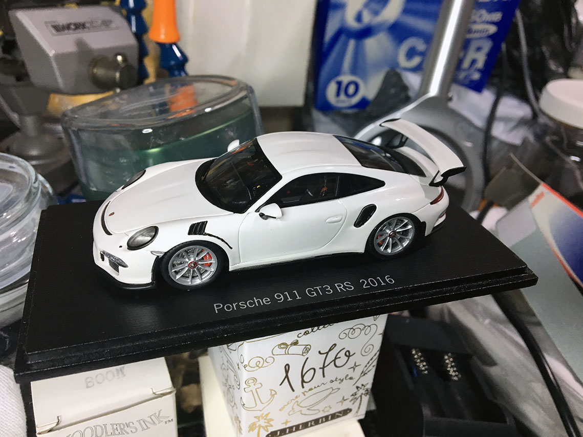 BEFORE: The starting base model Porsche I found to use.