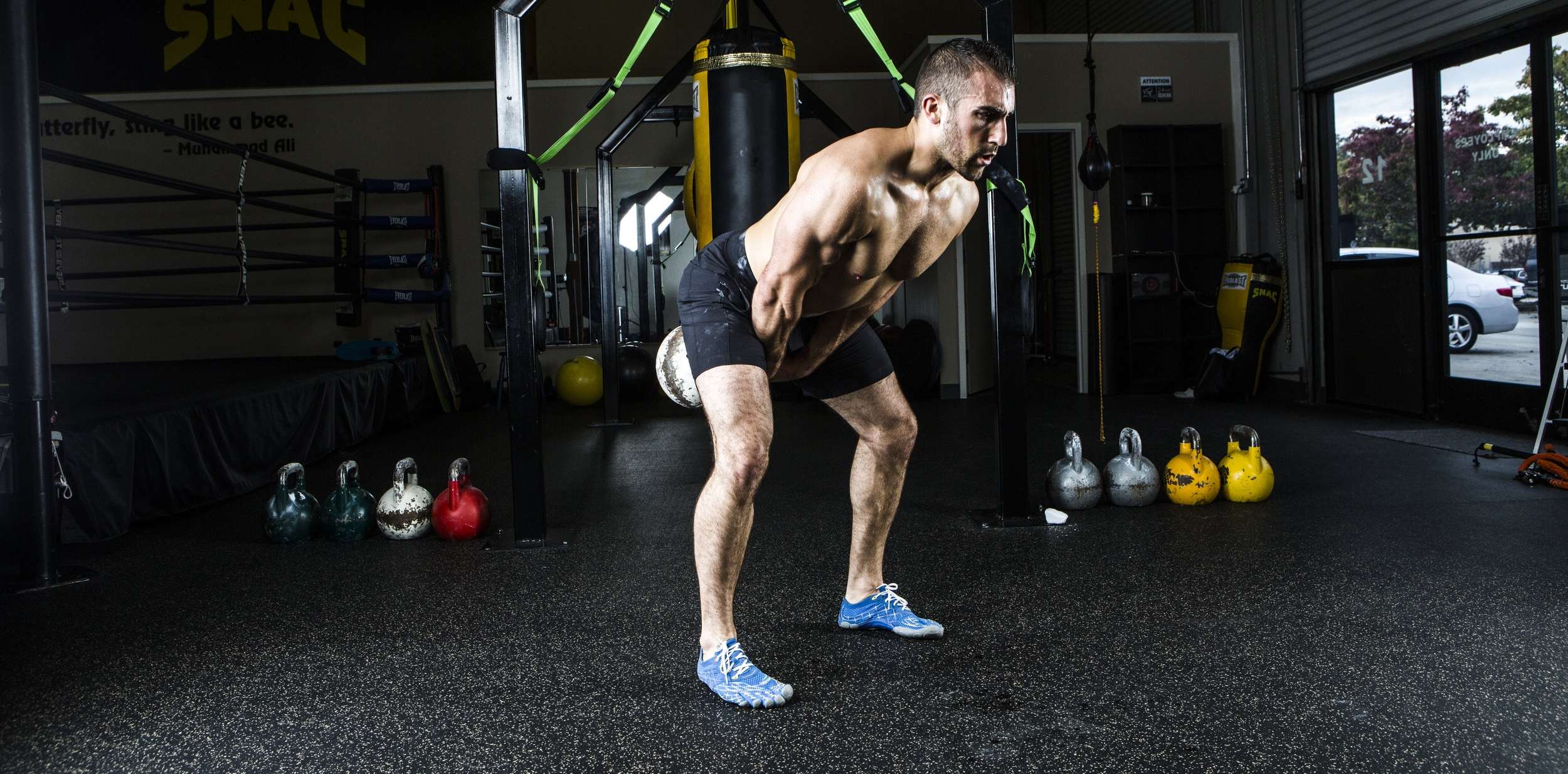 THE RIGHT WAY TO SWING A KETTLEBELL - 3 Essentials to Swinging for POWER vs. ENDURANCE