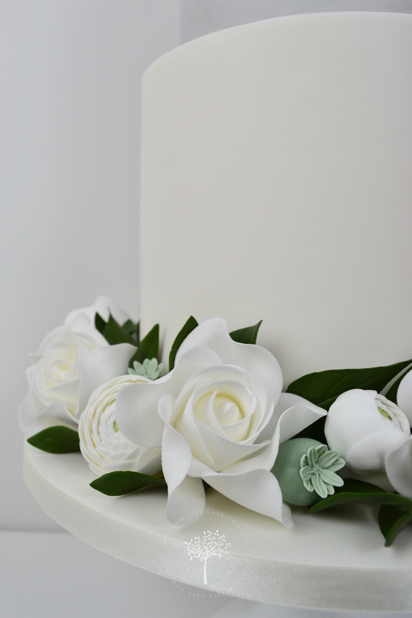 White Roses and Ranunculus wedding cake by Blossom Tree Cake Company Harrogate North Yorkshire - roses and ranunculus.jpg